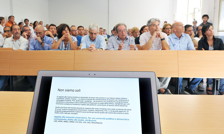 Sciopero docenti: gli universitari solidali coi professori in sciopero a settembre
