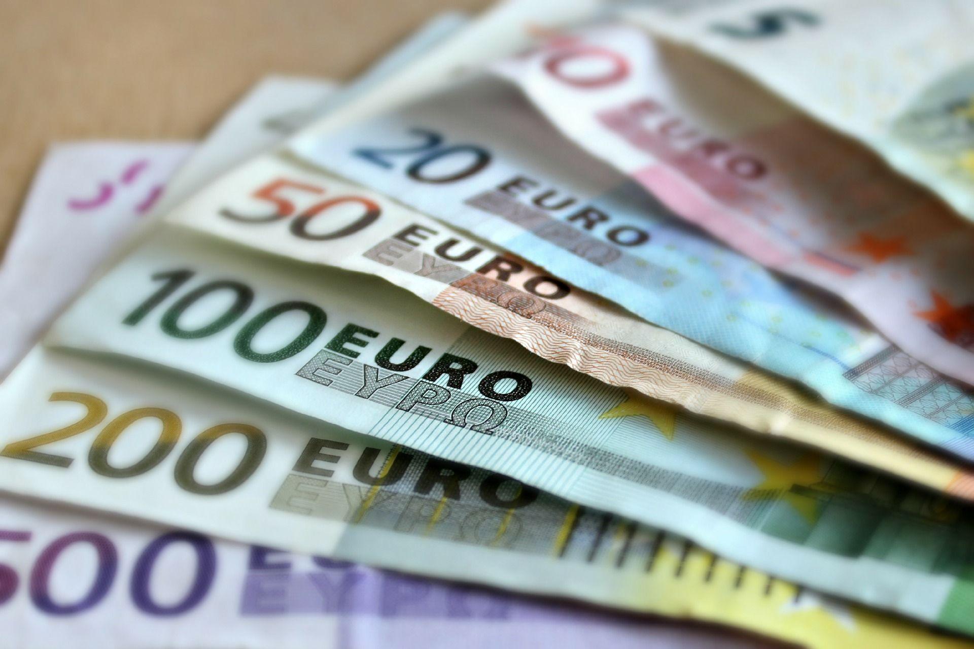 Conto corrente, cosa si rischia a lasciare troppi soldi in banca?