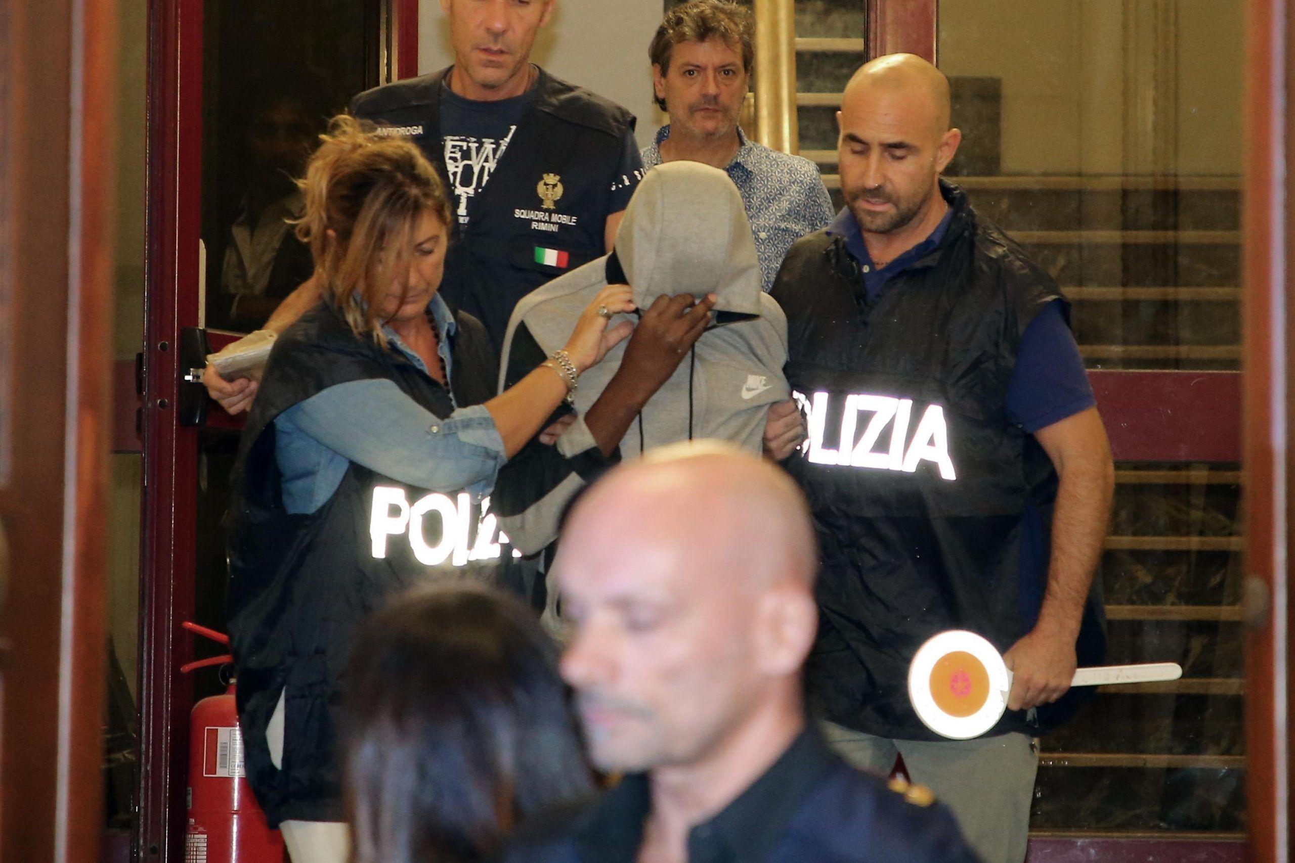 Stupri Rimini: presi 3 su 4, il branco è giovanissimo