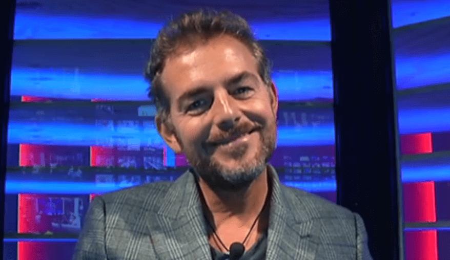 GF VIP 2, Daniele Bossari si sente male: il dolore per la morte del suo agente