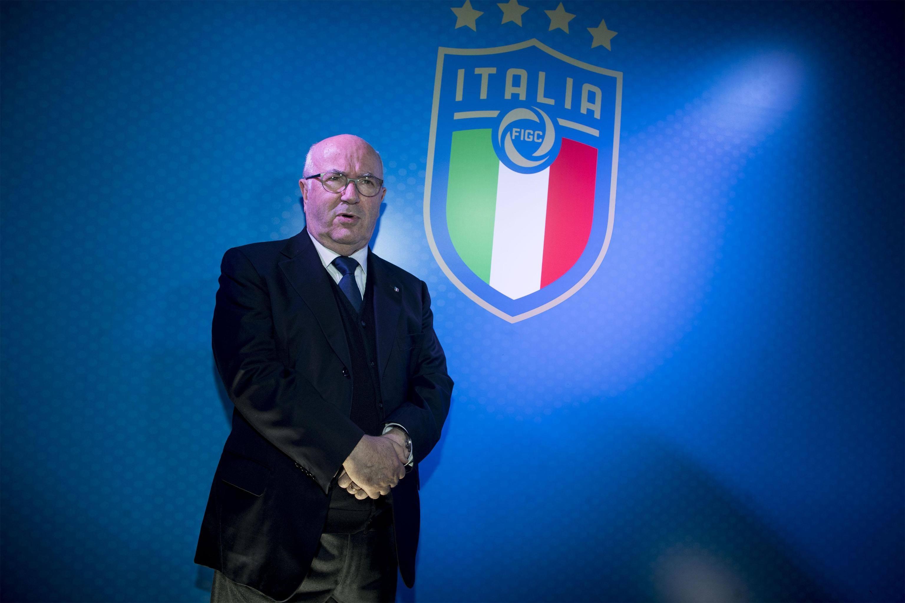 Nuovo logo Figc: l'Italia mette in evidenza le 4 stelle mondiali