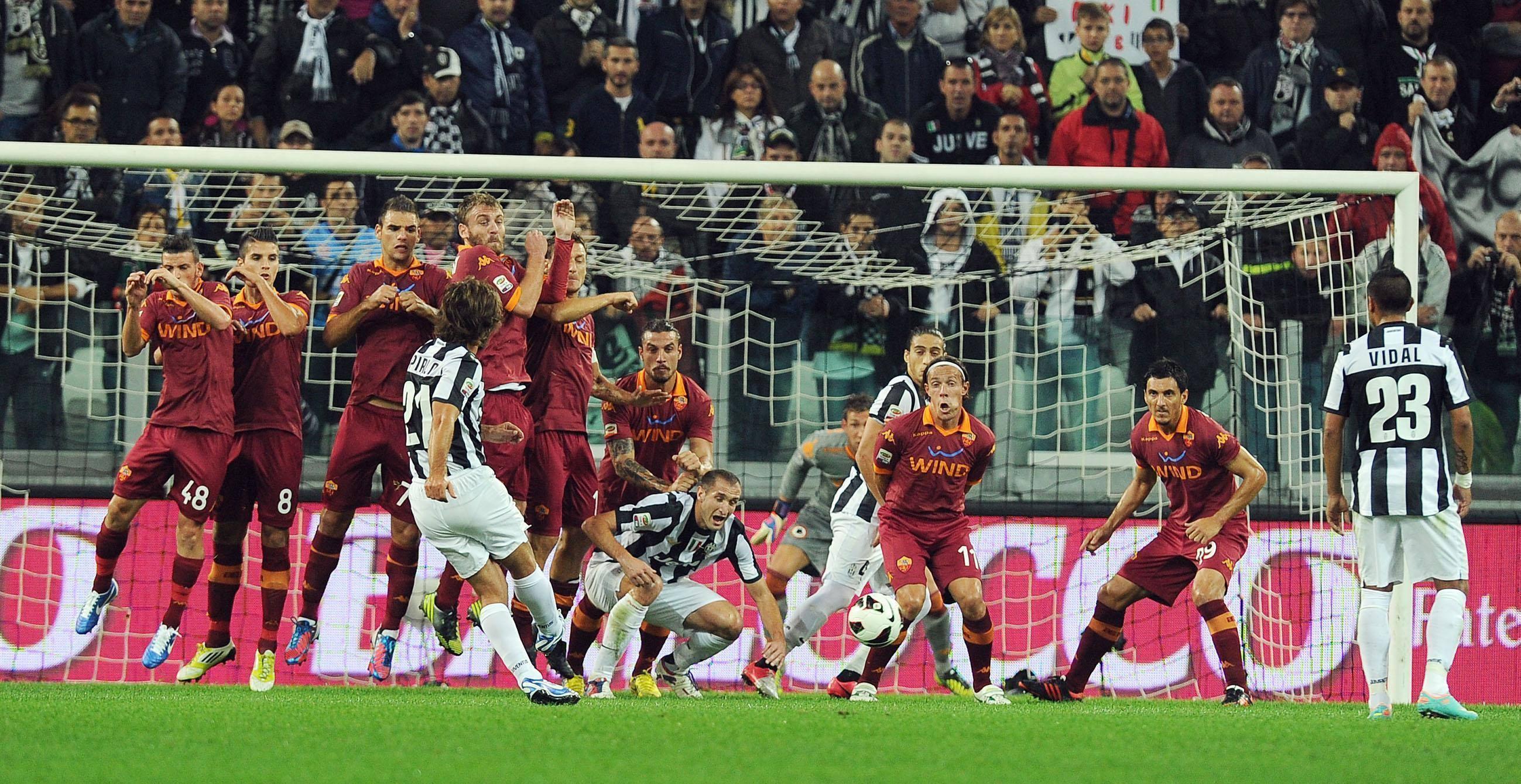 Andrea Pirlo gol su punizione
