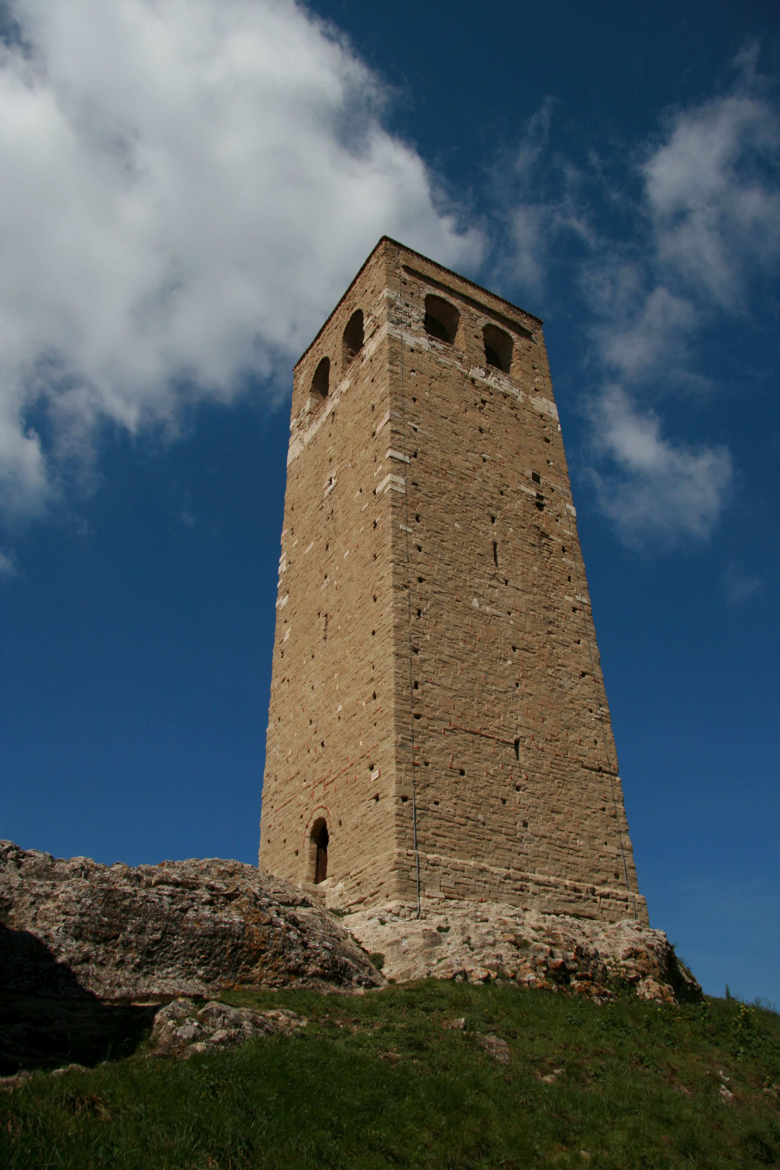 San_Leo_torre_civica