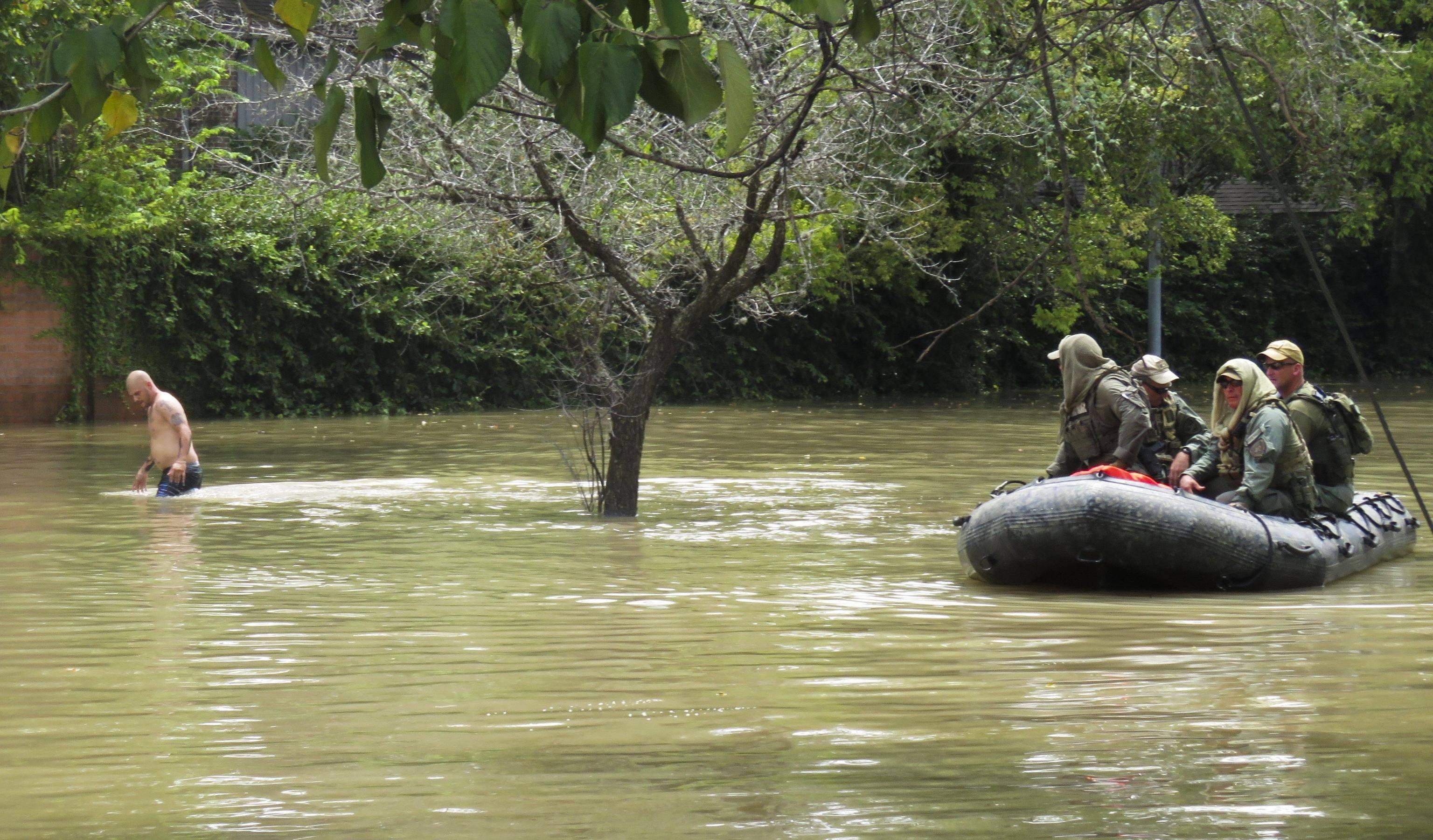 Uragano Harvey: le vittime del batterio mangiacarne sono già due