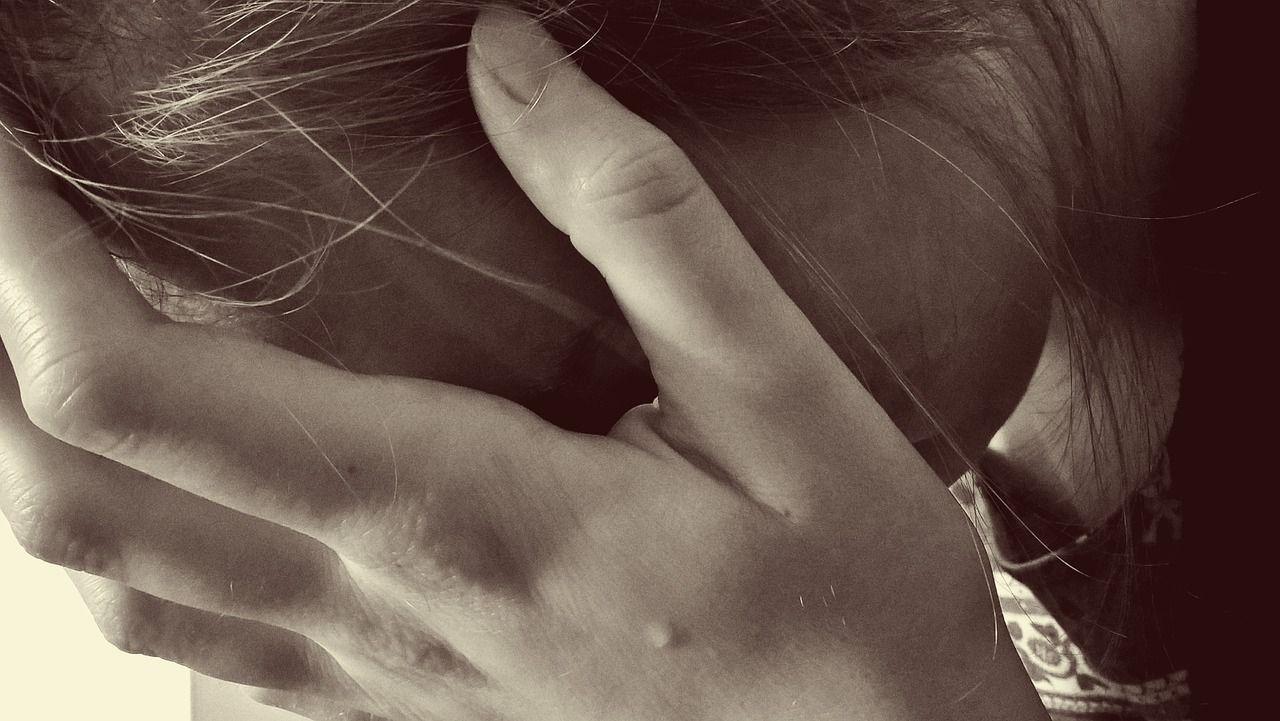 Violenza di gruppo su donna