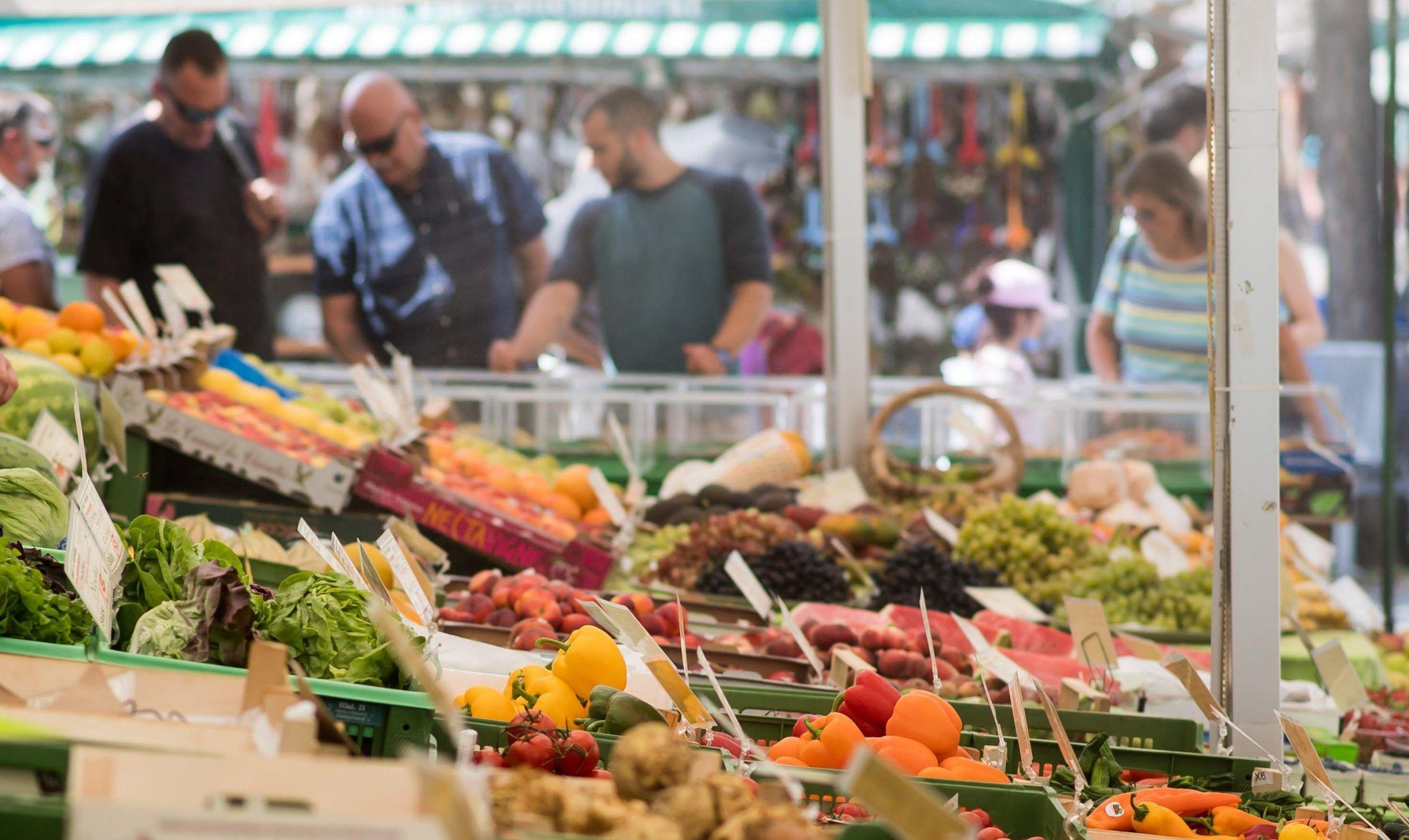 Alimenti per sgonfiare la pancia: l'elenco di quelli davvero efficaci