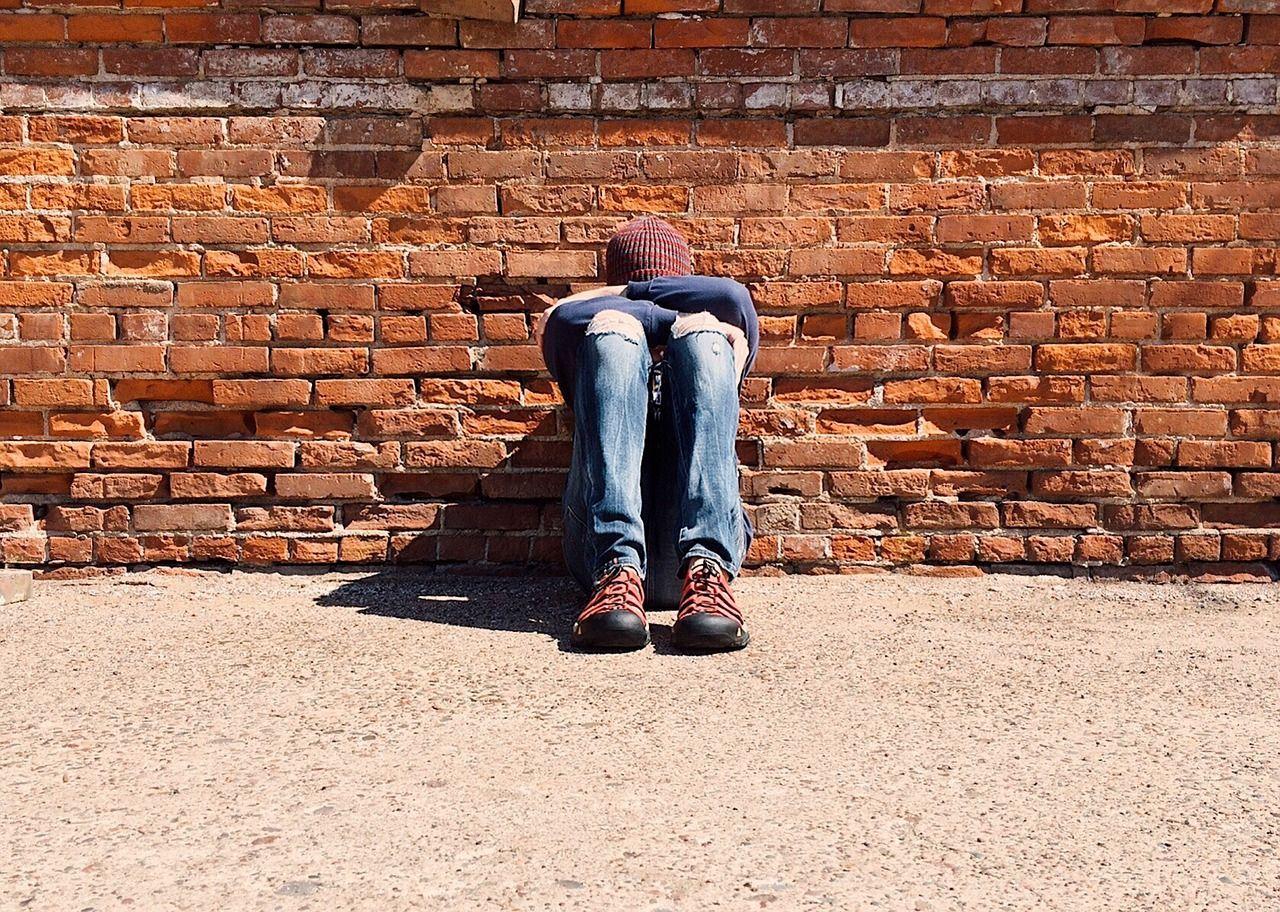 Bullismo contro un 13enne disabile, lo salva l'amico. La mamma ai bulli: 'Vi ha perdonato'