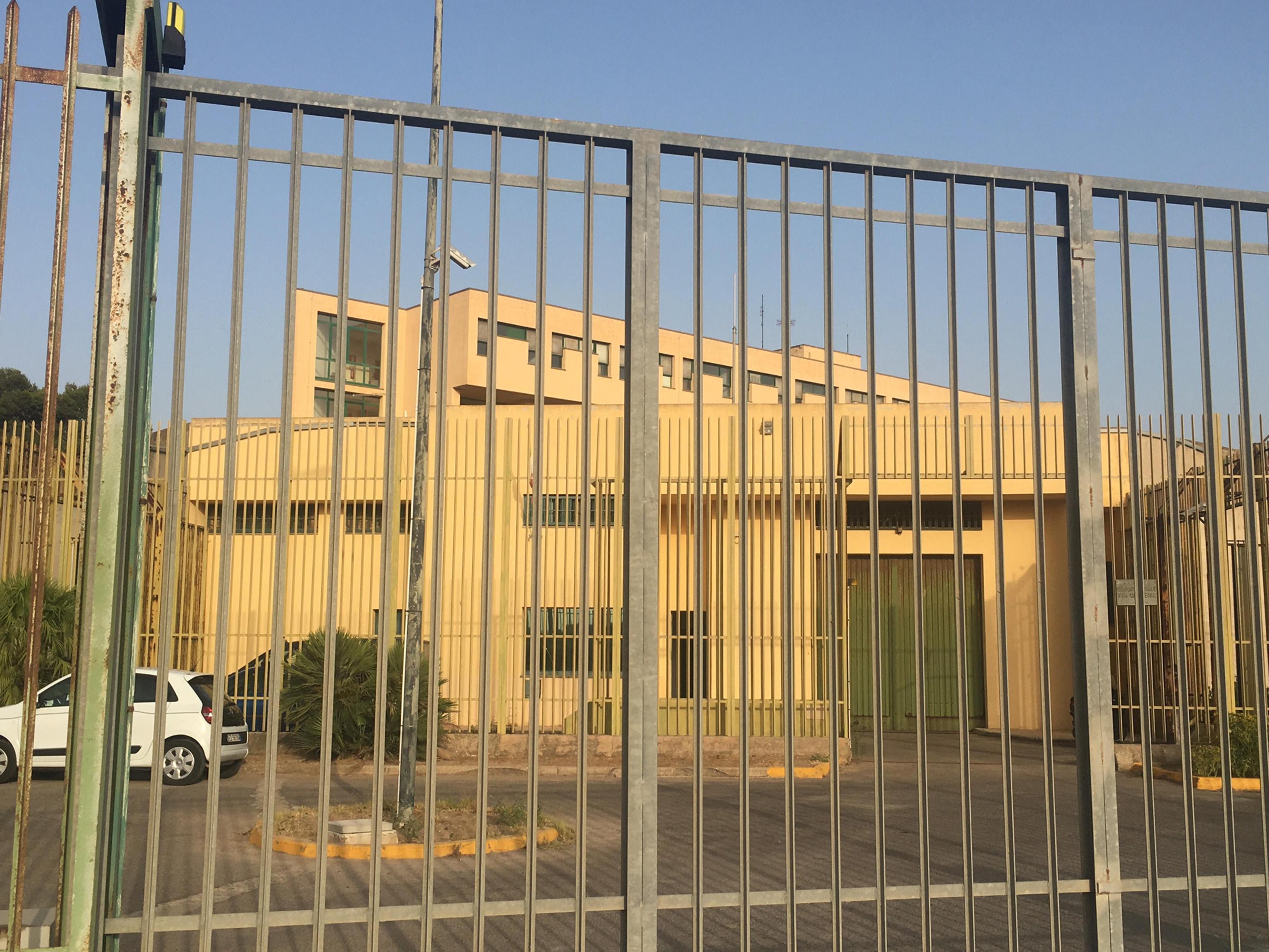 Stupro di Rimini, il complice 15enne di Butungu picchiato in carcere