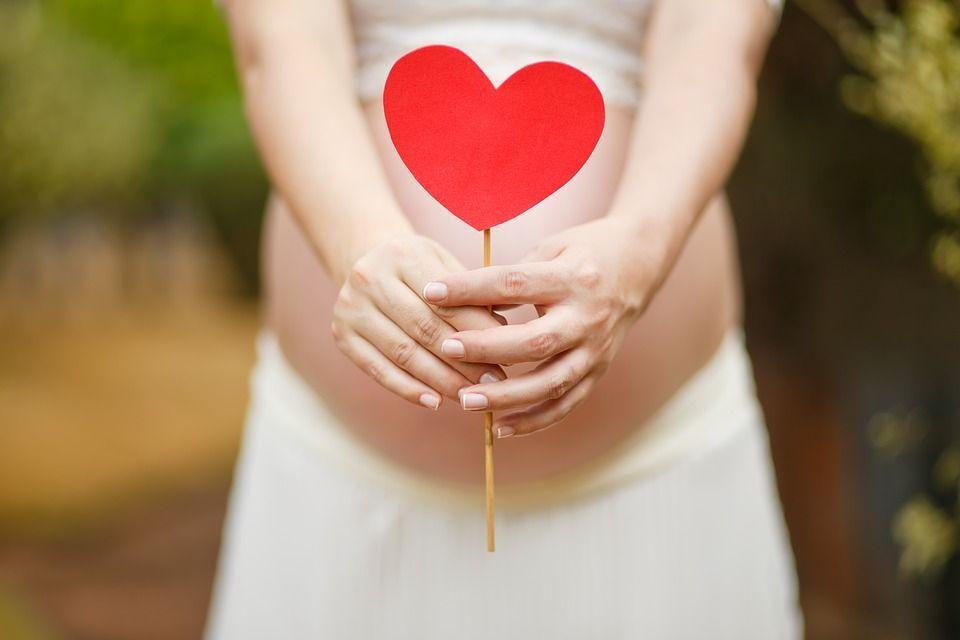 Sclerosi multipla e maternità: affrontare con serenità il futuro da genitori è possibile