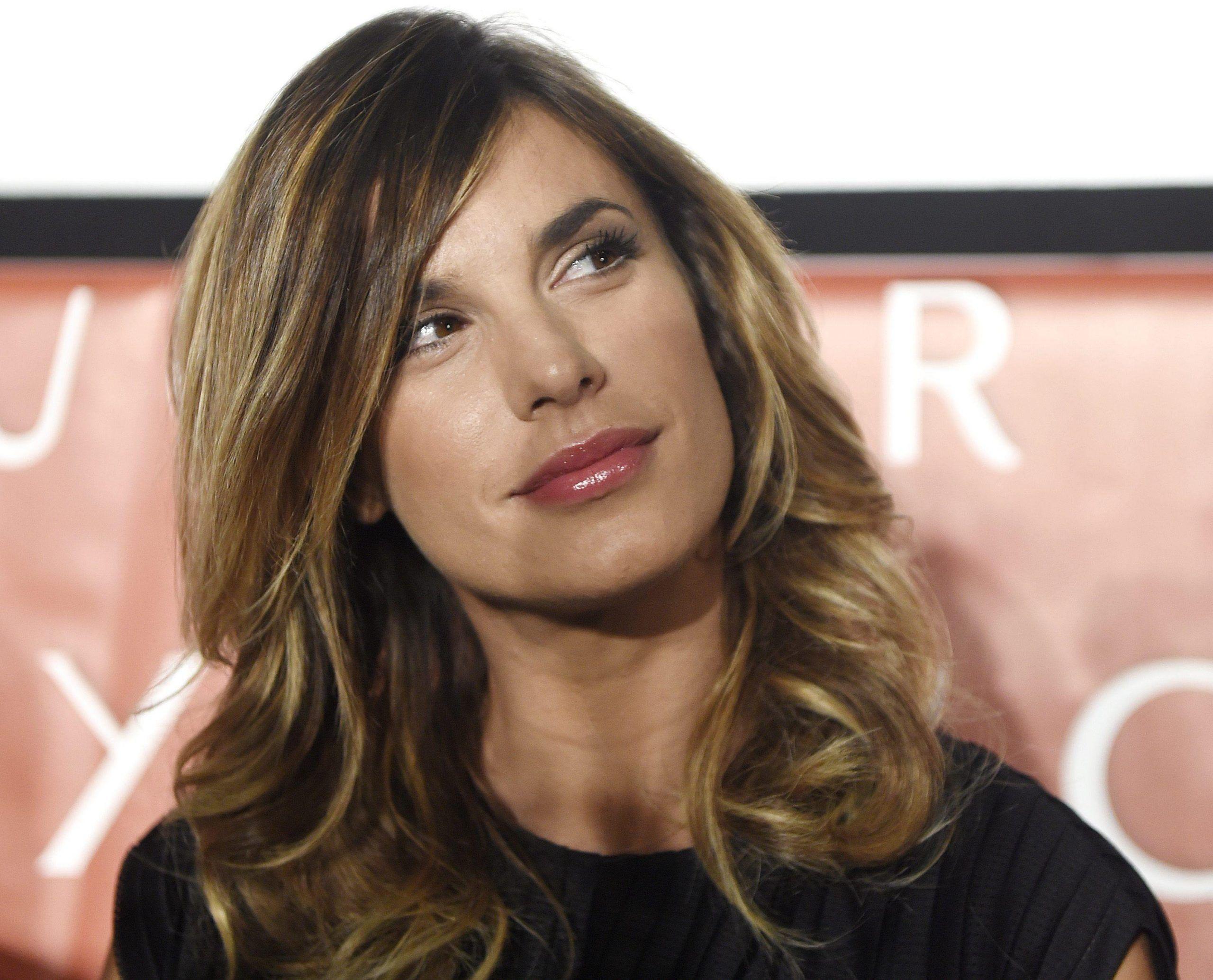 Elisabetta Canalis senza trucco: 'Mi sento un cesso a pedali'