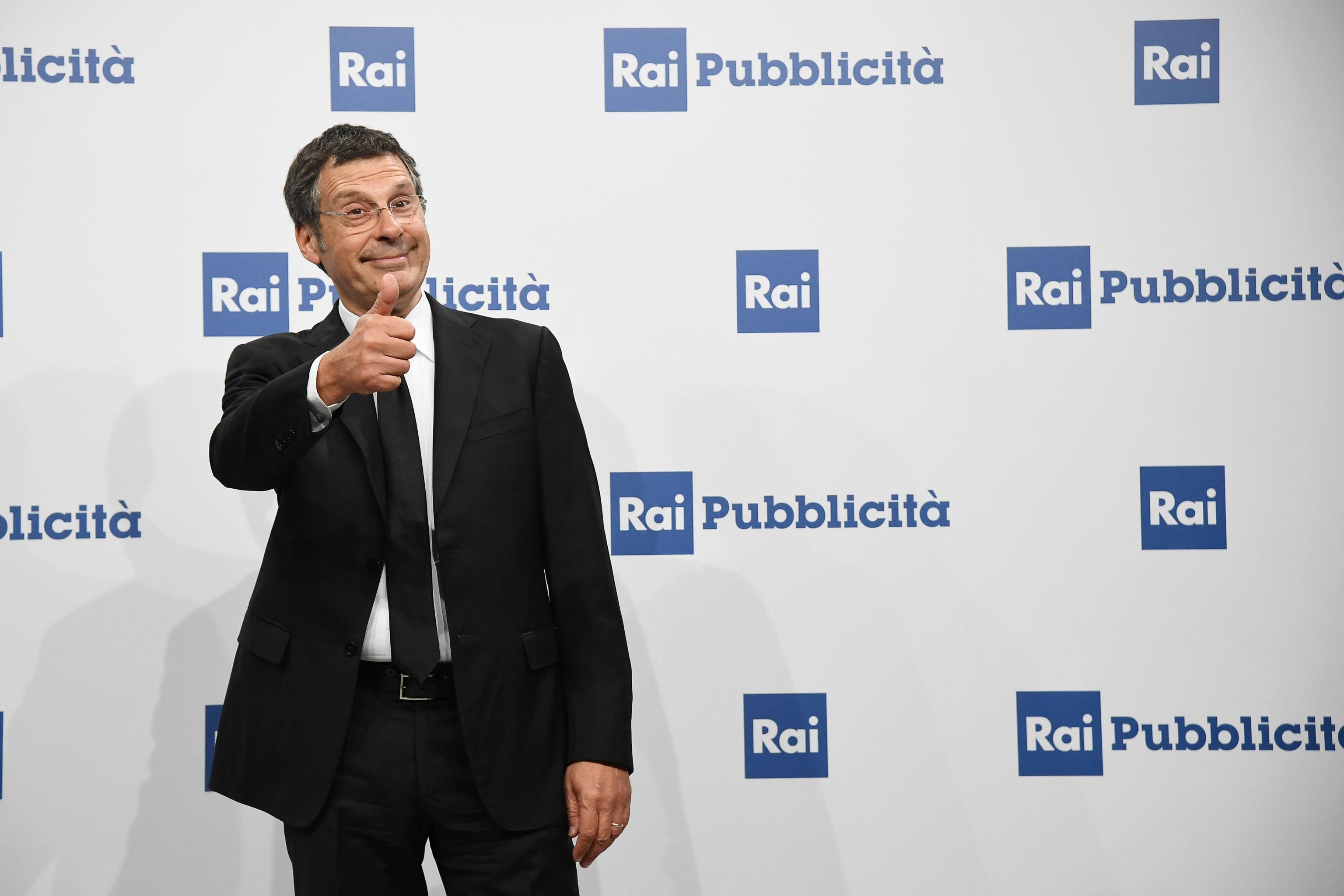 Fabrizio Frizzi: malore durante la registrazione de L'Eredità, puntata annullata