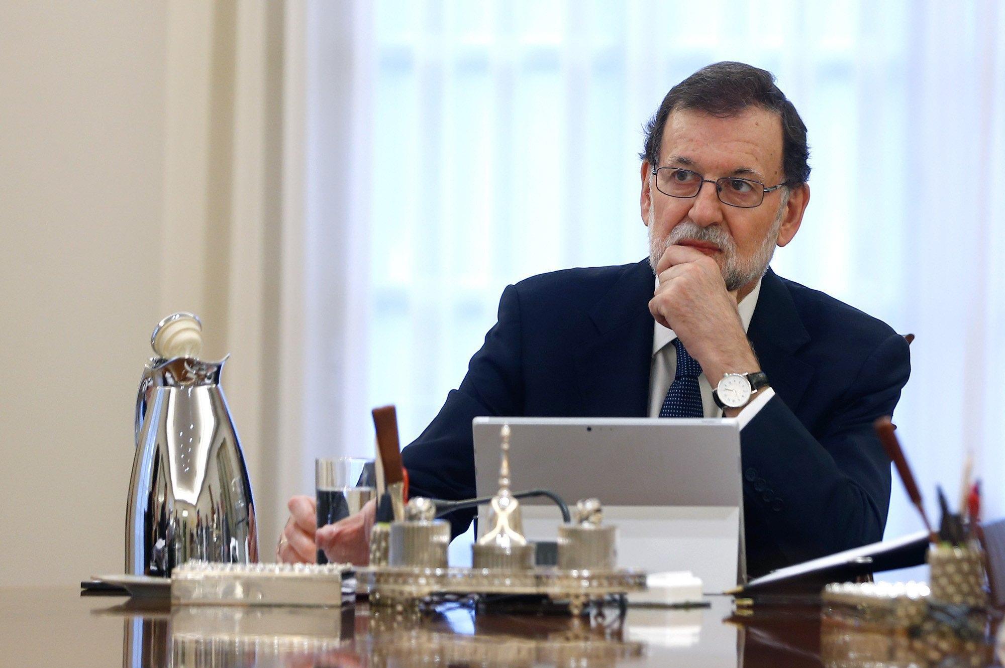 Indipendenza Catalogna, Rajoy a Puigdemont: 'Chiarisca se l'avete dichiarata'