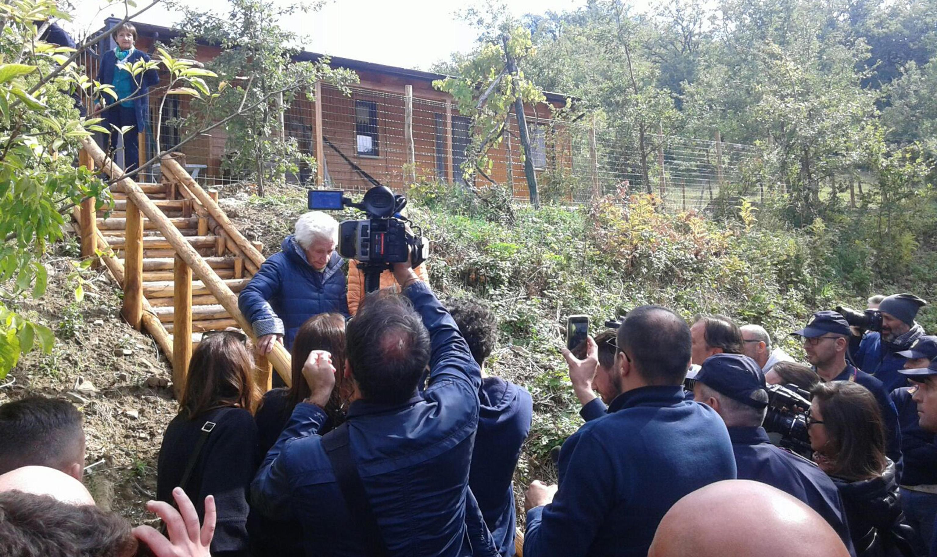 Terremoto: sfratto 95enne, Peppina lascia casetta in lacrime