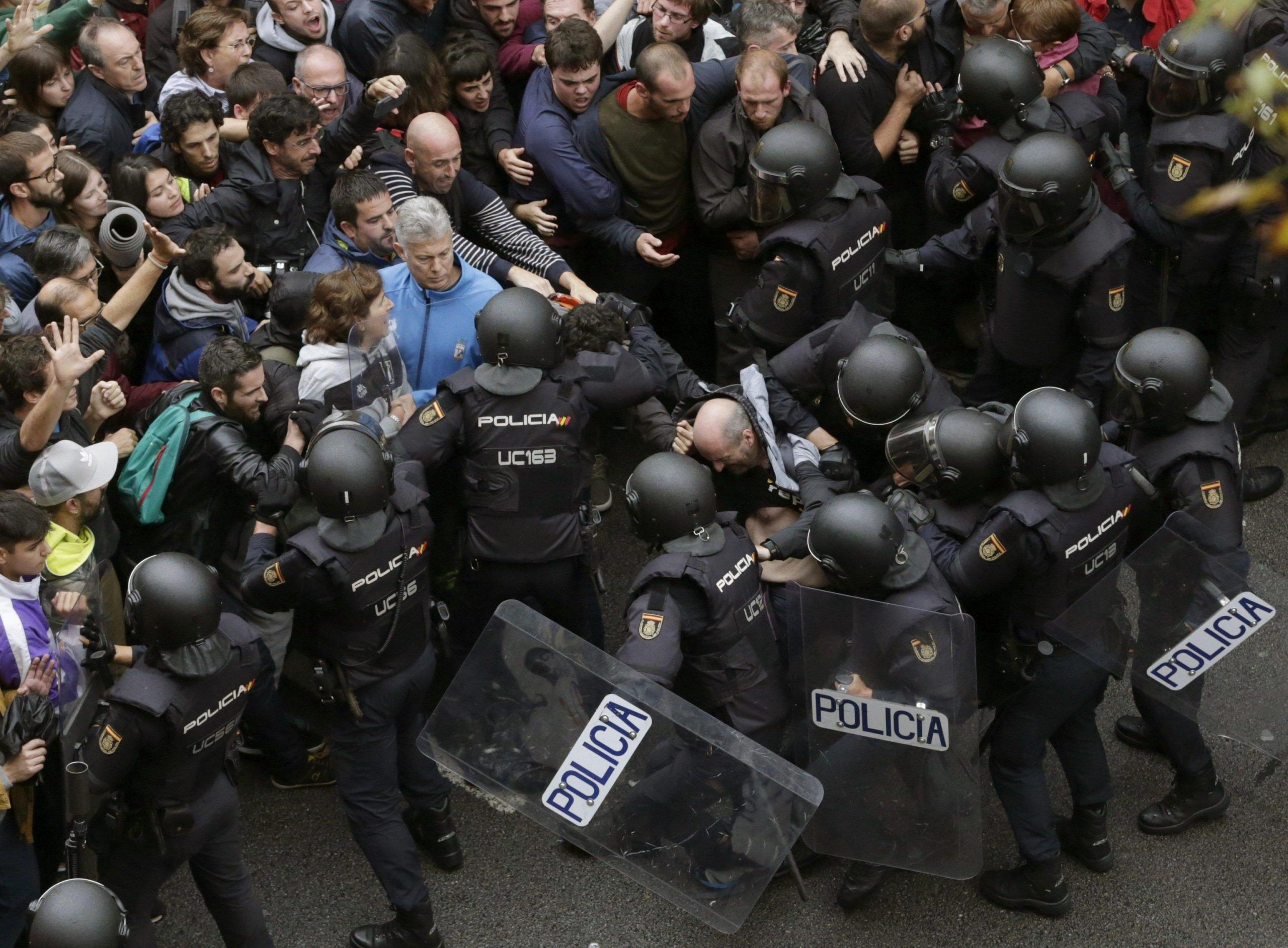 Clashes during the Catalan independence referendum