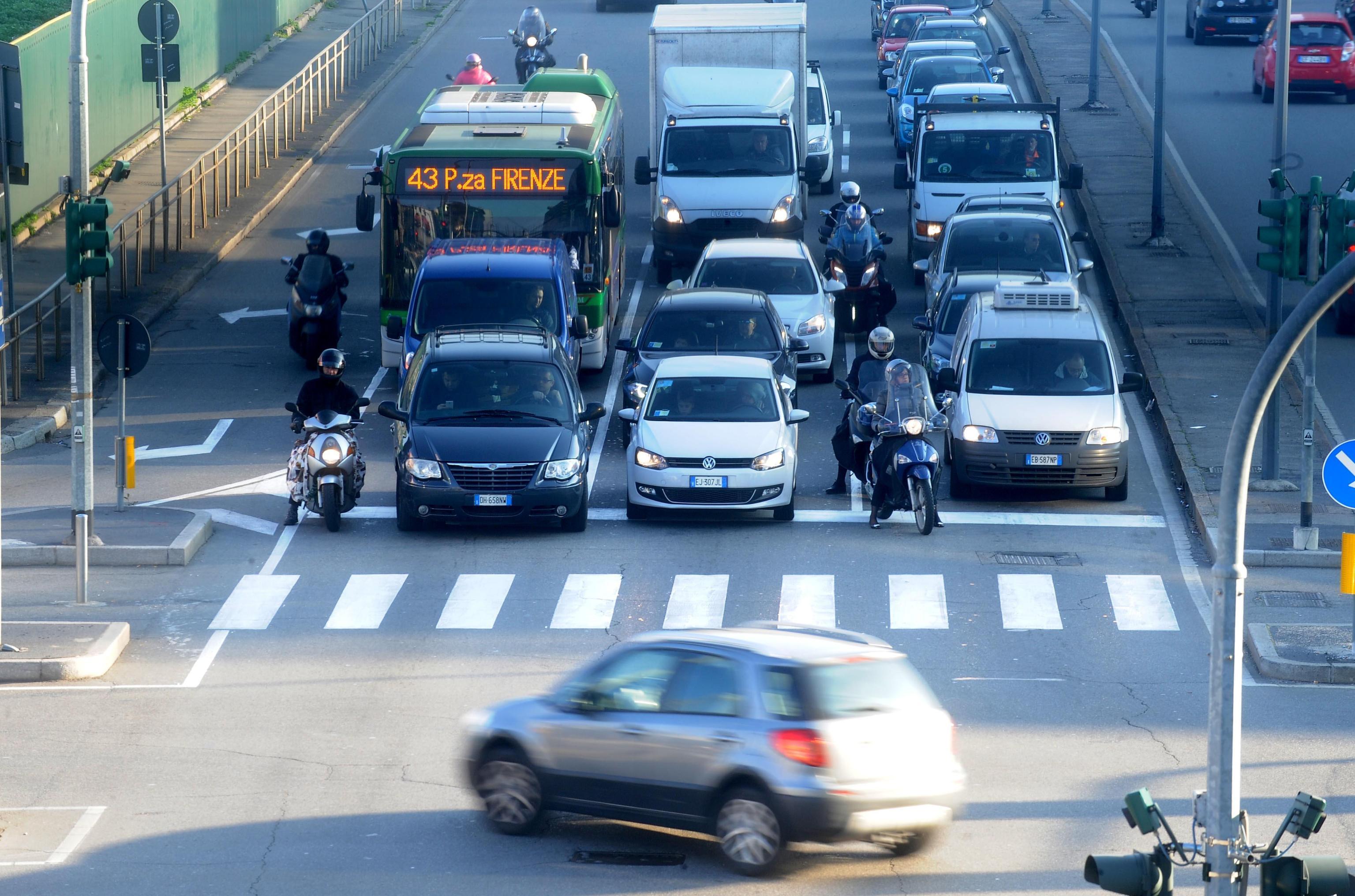 Blocco del traffico a Milano 17 ottobre: chi può circolare?