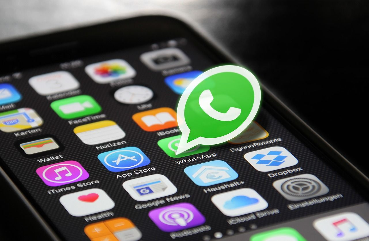 Cancellare i messaggi WhatsApp: ecco come funziona
