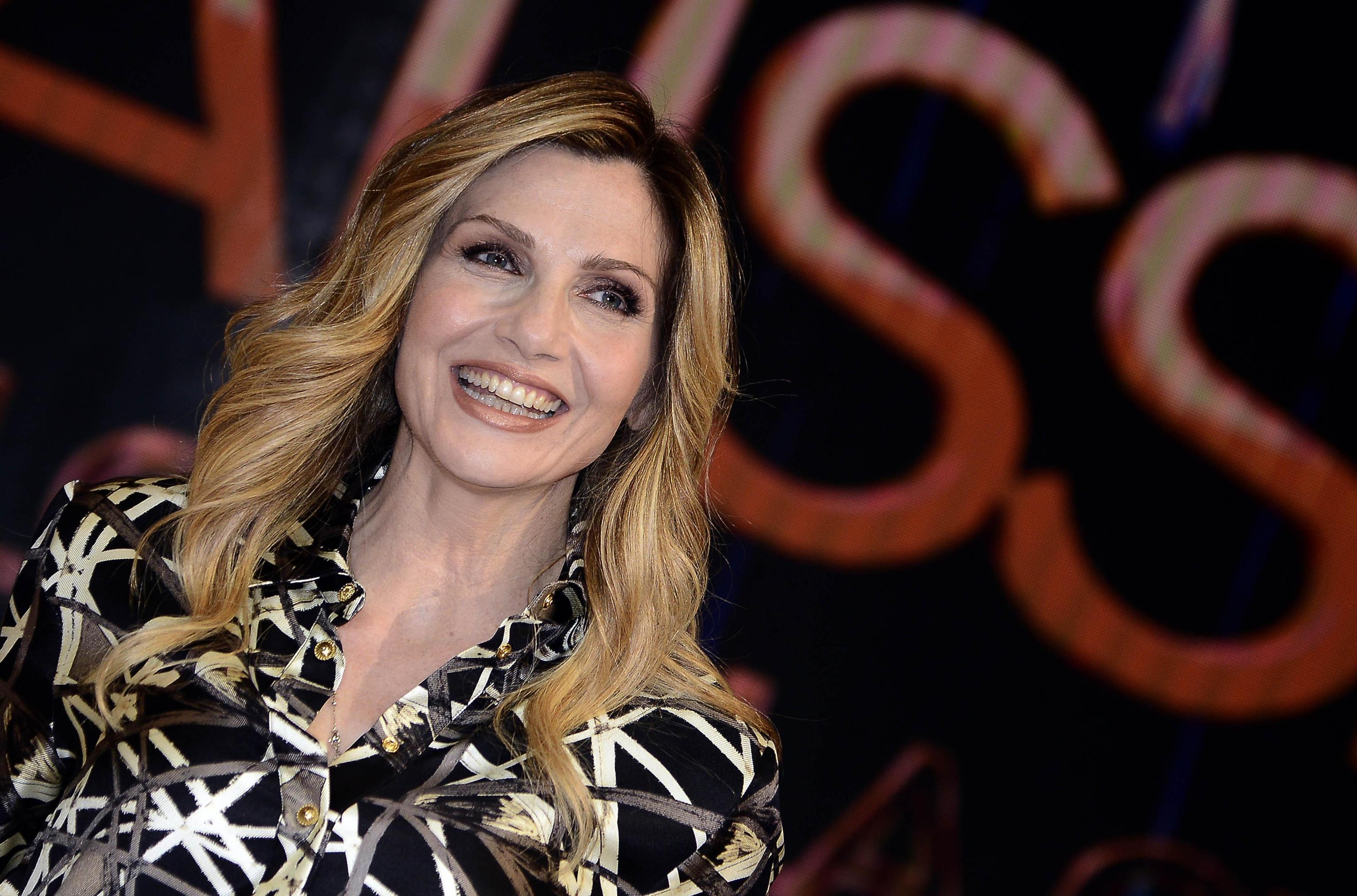 Lorella Cuccarini a #cartabianca: 'Fausto Brizzi innocente fino a prova contraria, le donne sanno quando dire no'