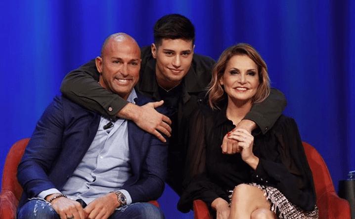 L'Isola dei famosi 2018, Stefano Bettarini e il figlio Niccolò concorrenti in Honduras?