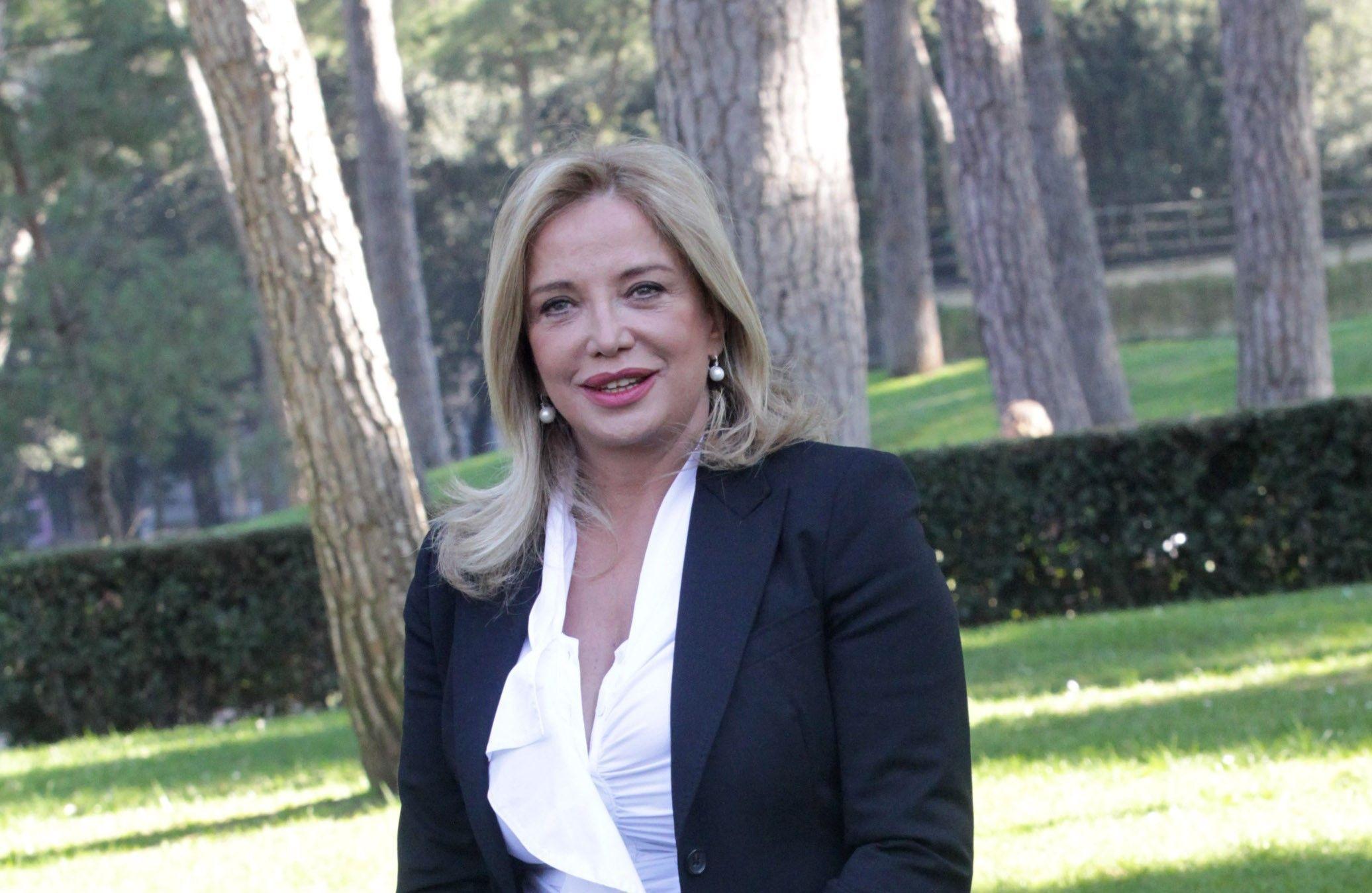 GF VIP 2, Simona Izzo contro Cecilia Rodriguez: 'Indecoroso lasciare un uomo in diretta'