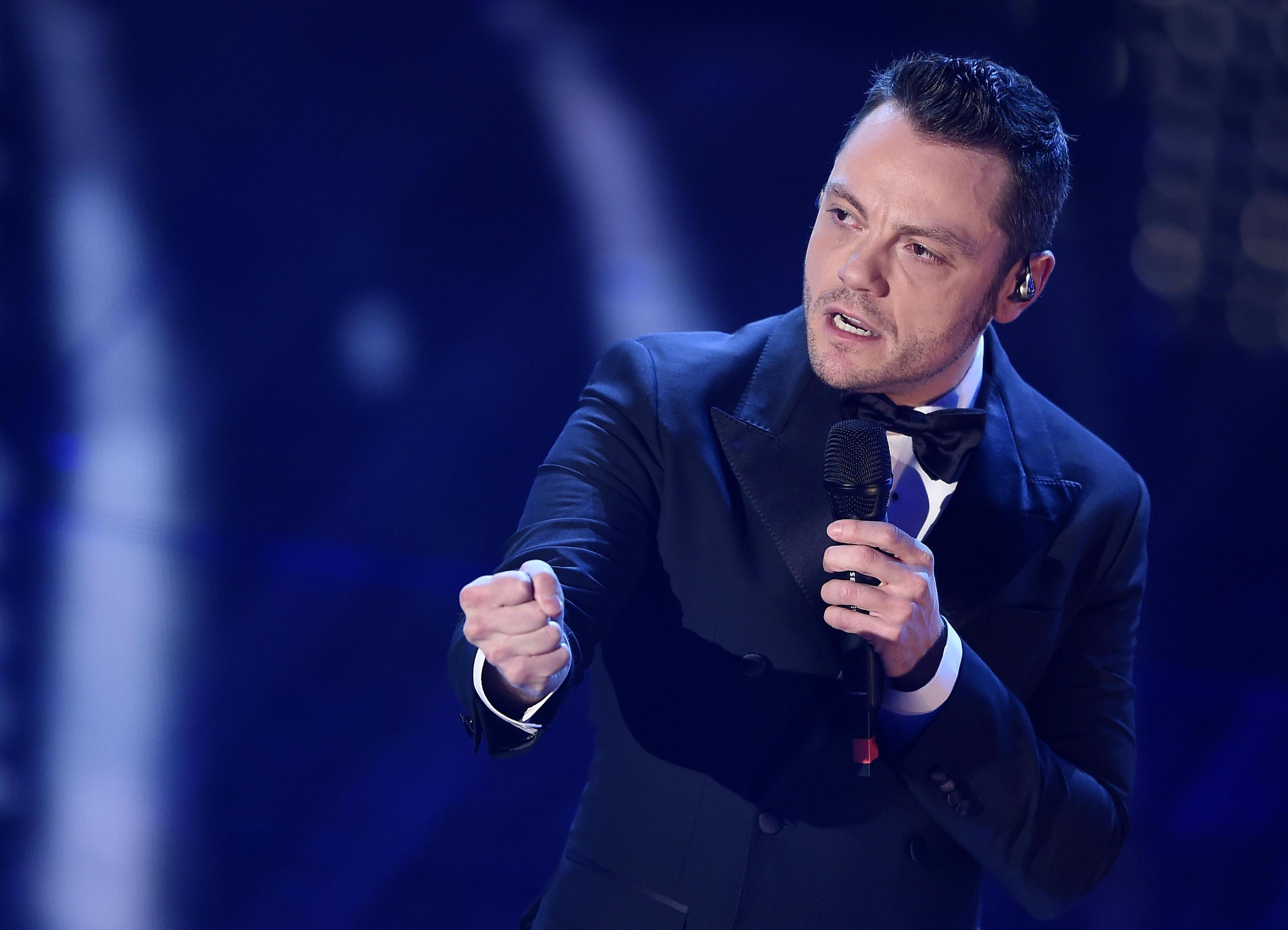 Tiziano Ferro contro Fedez: 'Ognuno fa il suo mestiere, il mio è il cantante'