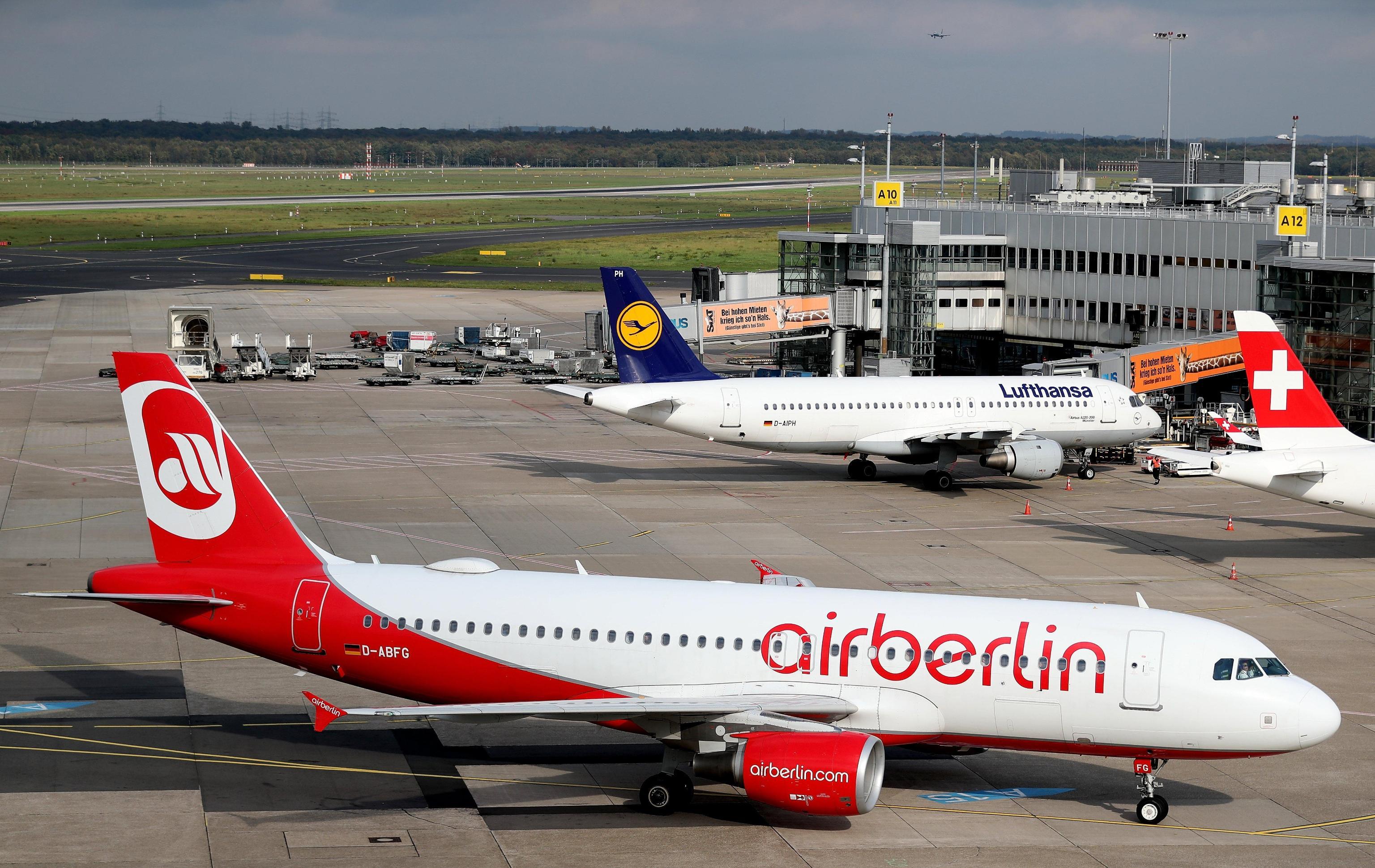 Viaggiare in aereo costerà fino a 4 euro di più: nuova tassa in arrivo
