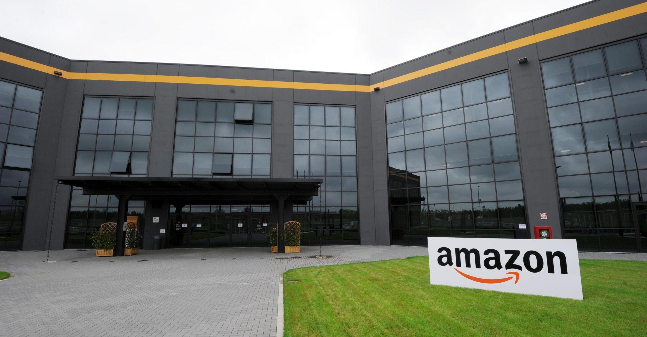 Amazon inaugura centro nel Piacentino