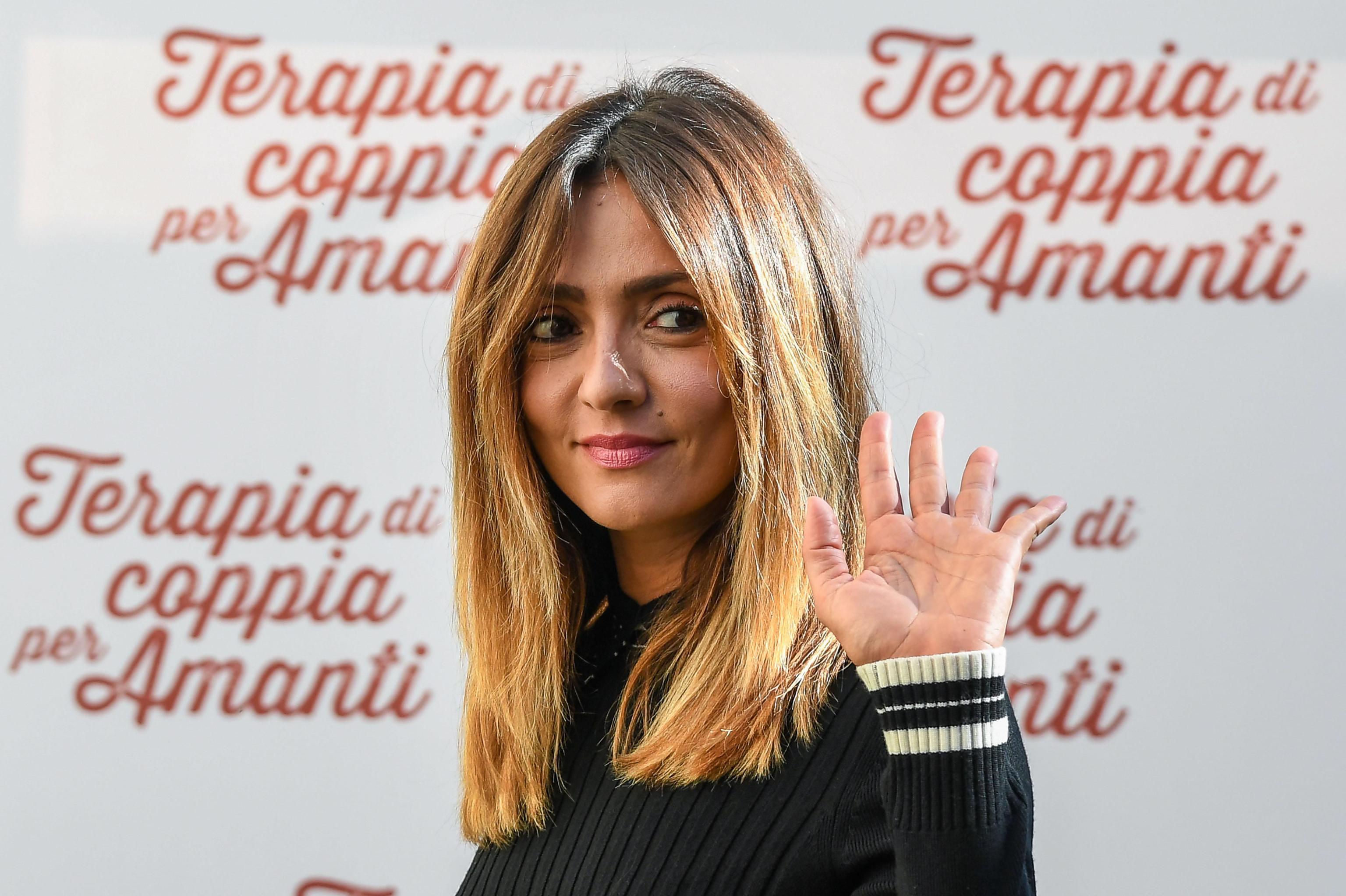 Ambra Angiolini e Massimiliano Allegri, anello al dito su Instagram: fidanzamento ufficiale?
