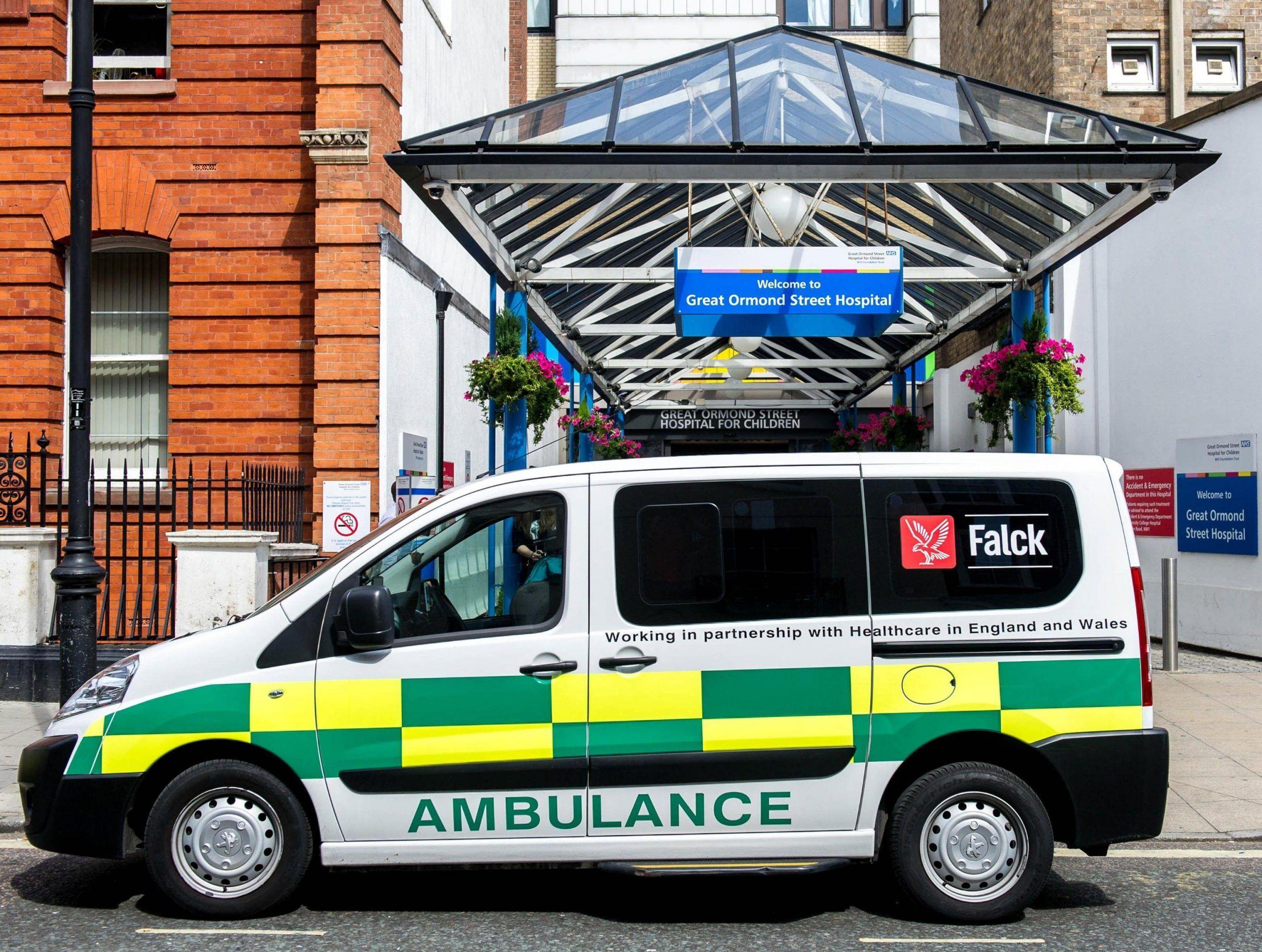 L'incredibile messaggio lasciato sull'ambulanza durante i soccorsi a un uomo vittima di infarto
