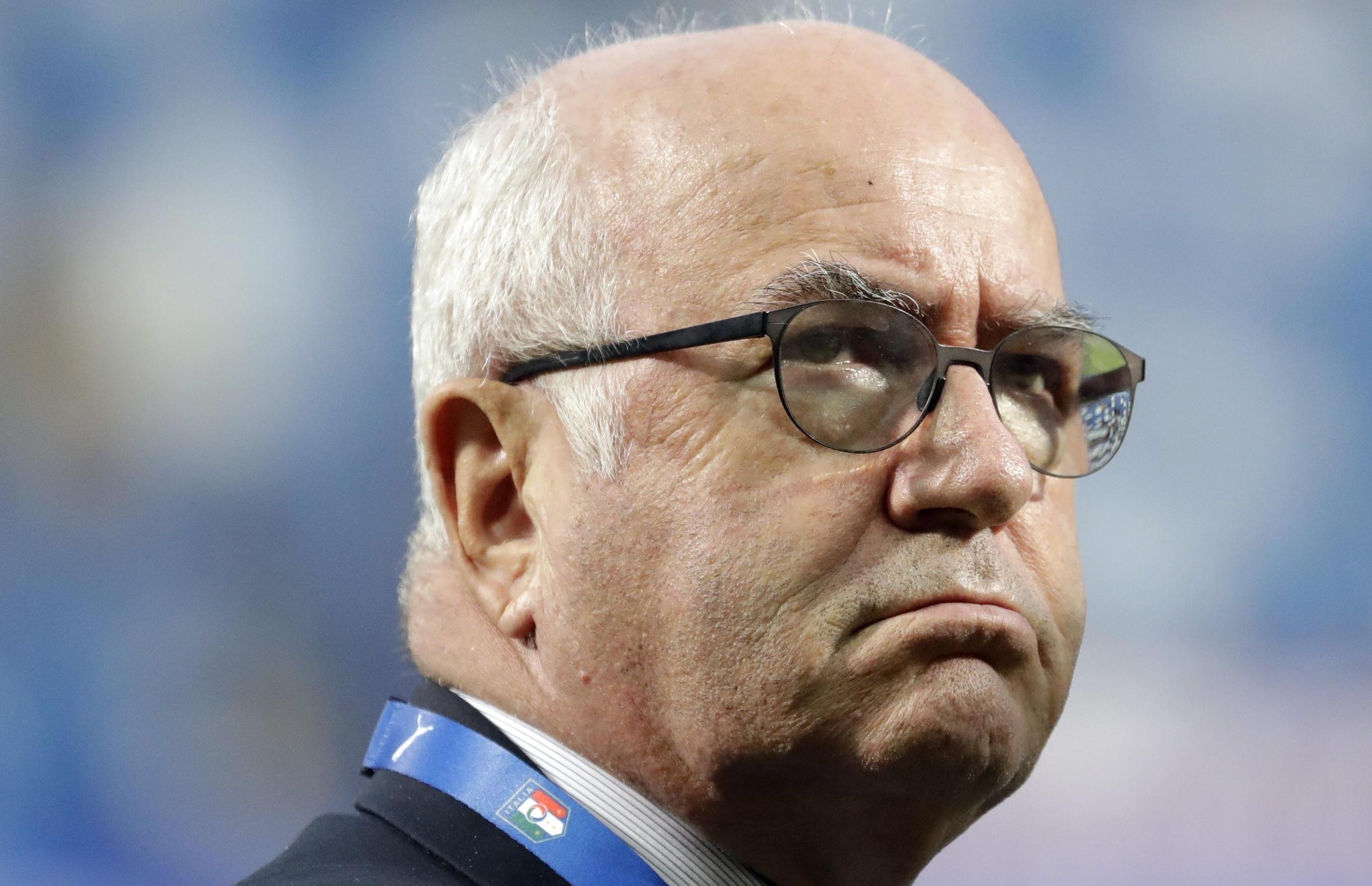 Nazionale, Carlo Tavecchio si è dimesso: 'Colpa dello sciacallaggio politico'