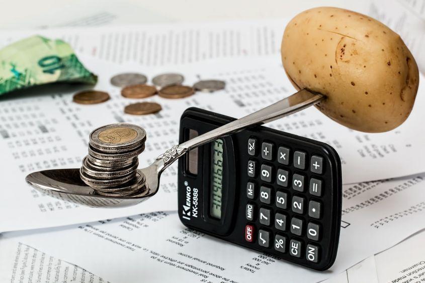 Come risparmiare soldi ogni giorno: consigli per metterli da parte
