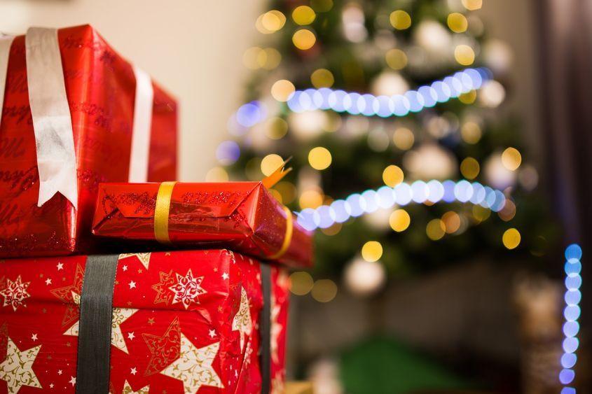 Regali Di Natale Da Spendere Poco.Come Risparmiare Sui Regali Di Natale Nanopress