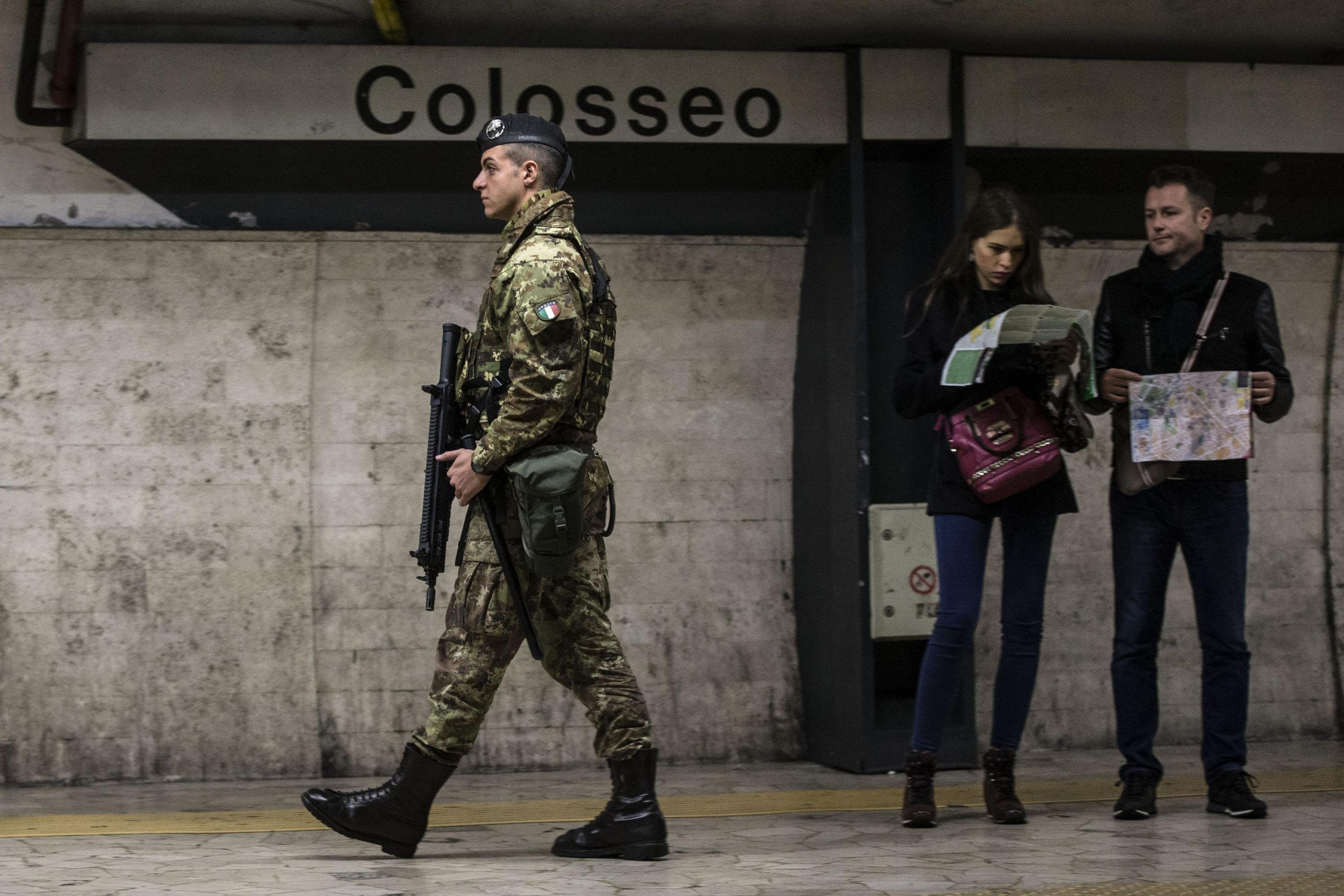 Terrorismo, gli Stati Uniti lanciano l'allerta per l'Europa a Natale