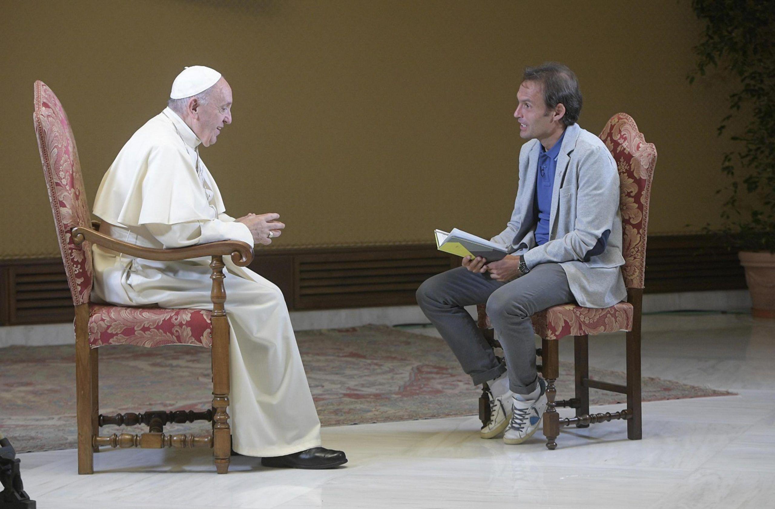 Papa Francesco, nel corso della prima puntata del programma 'Padre nostro', condotto da don Marco Pozza
