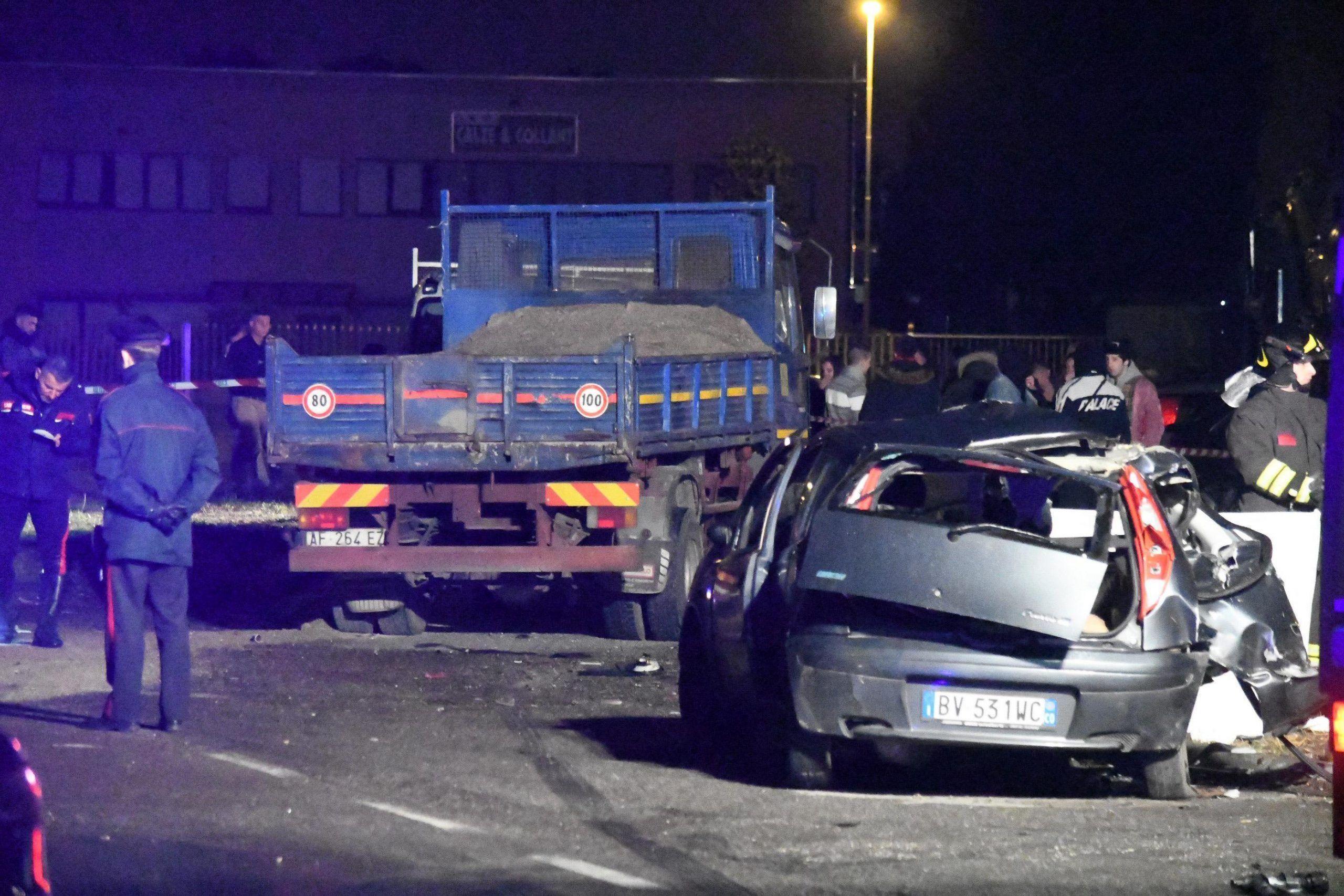 Incidenti stradali: tre giovani morti a Saronno