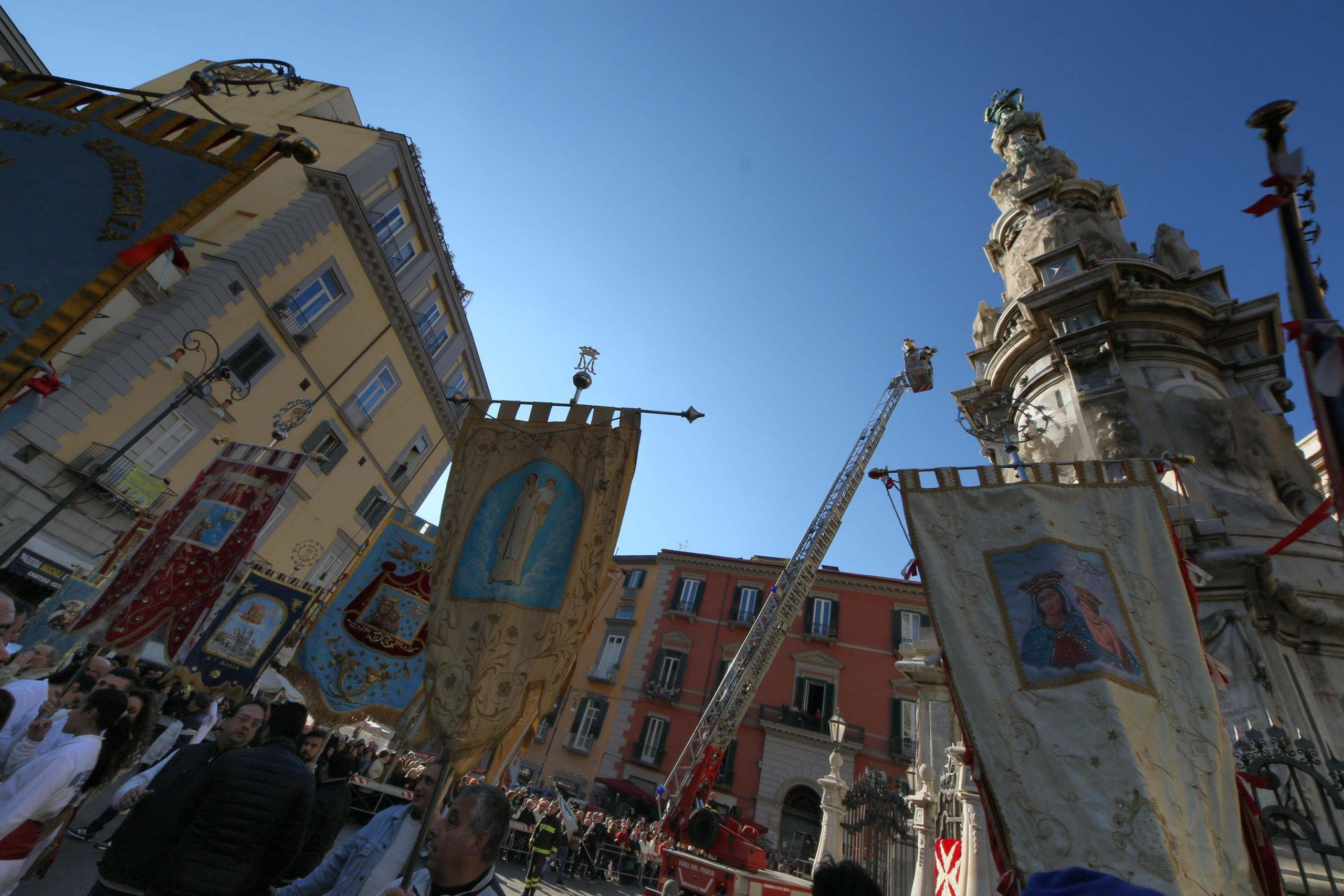 Un momento della Festa dell' Immacolata a Napoli, in Piazza del Gesù