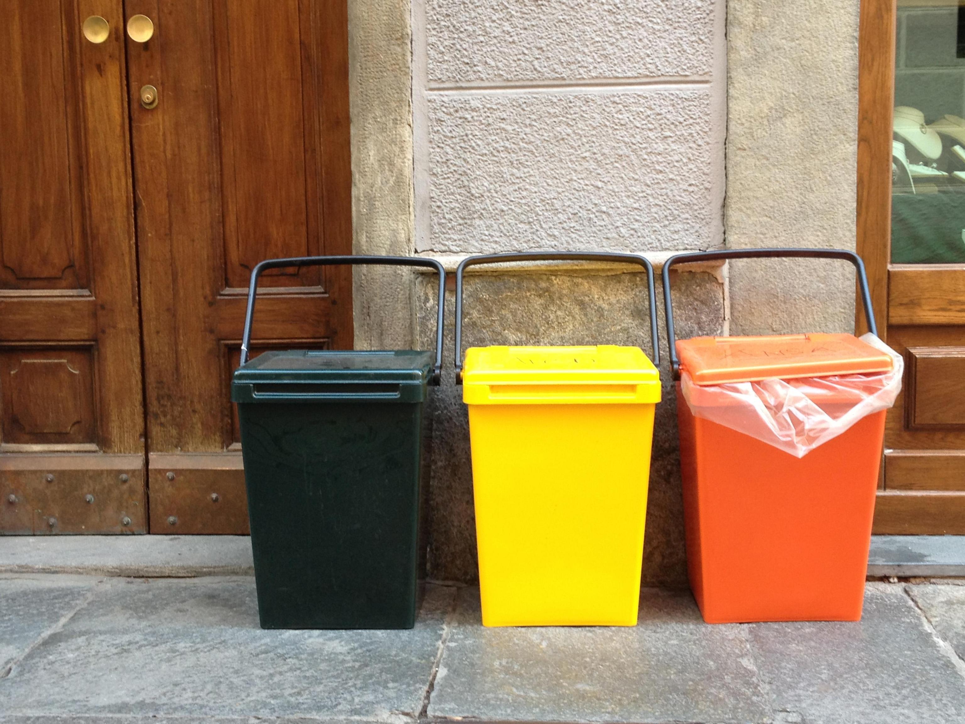 Compost da rifiuti organici: in aumento la raccolta differenziata
