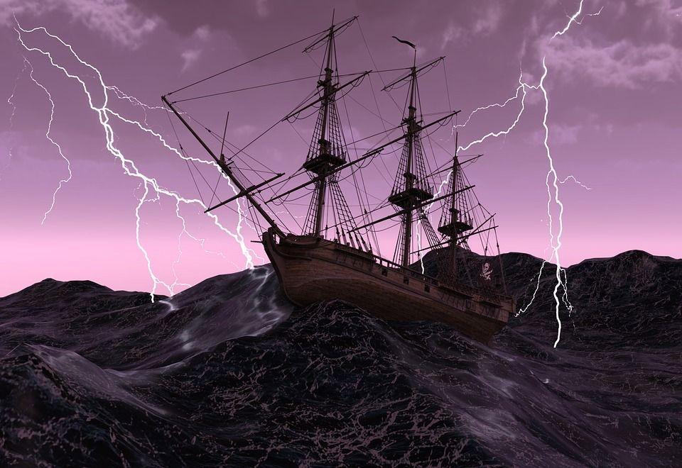 Fuochi di Sant'Elmo, fenomeno atmosferico insolito associato a temporali