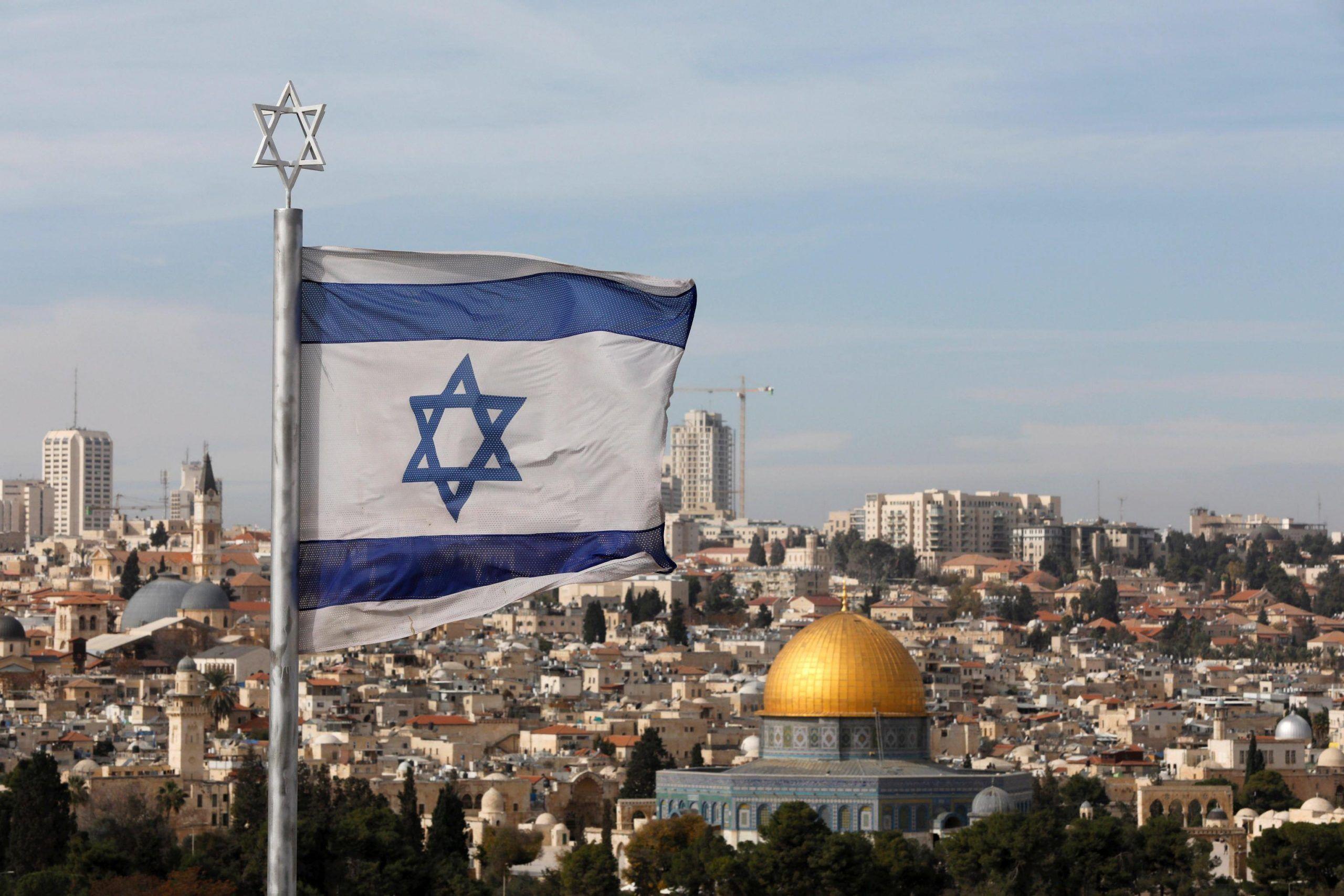 Donald Trump sposta l'ambasciata USA a Gerusalemme: cosa succederà ora
