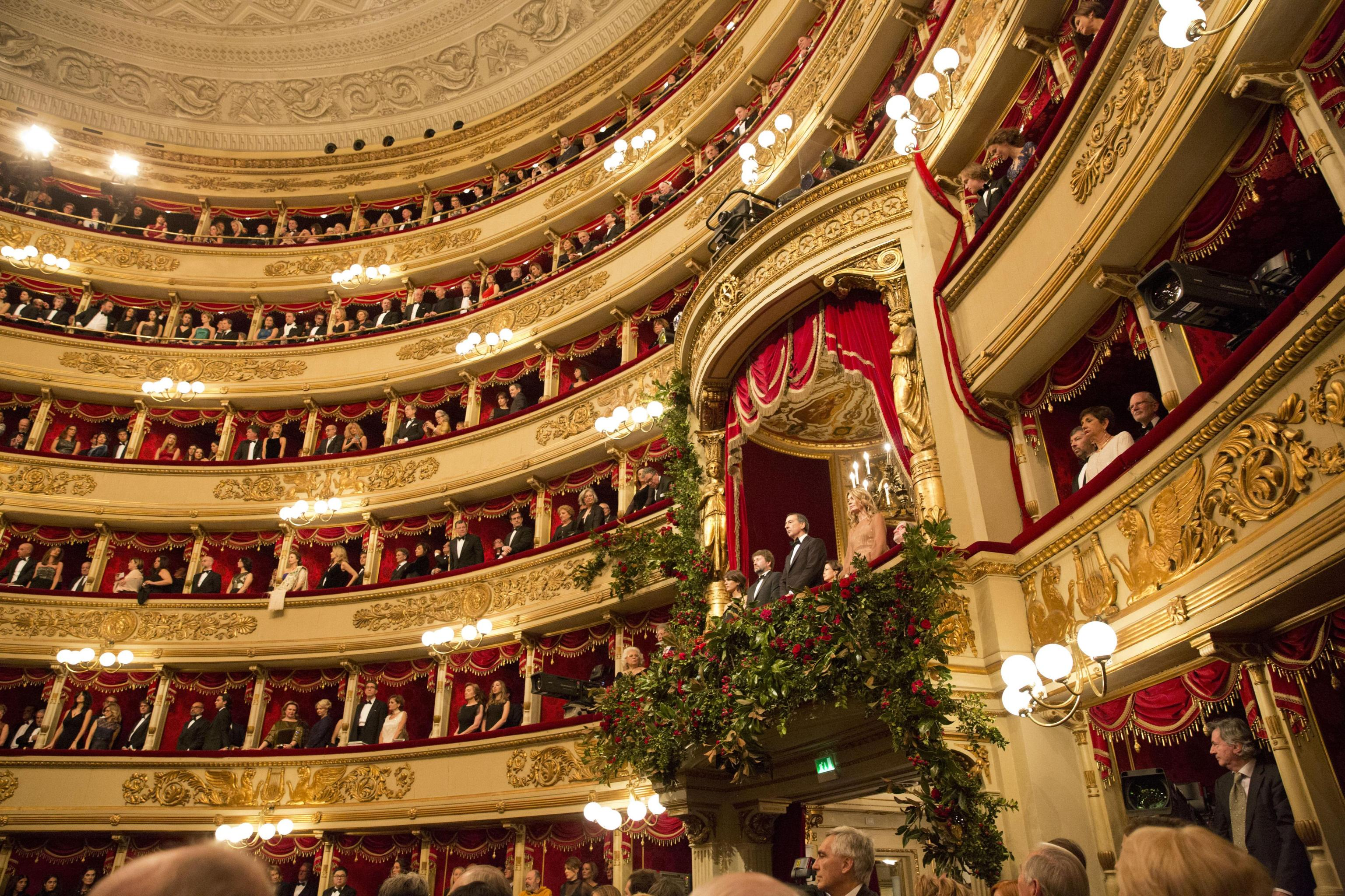 La Scala di Milano per i giovani: successo per la 'primina' di Andrea Chénier