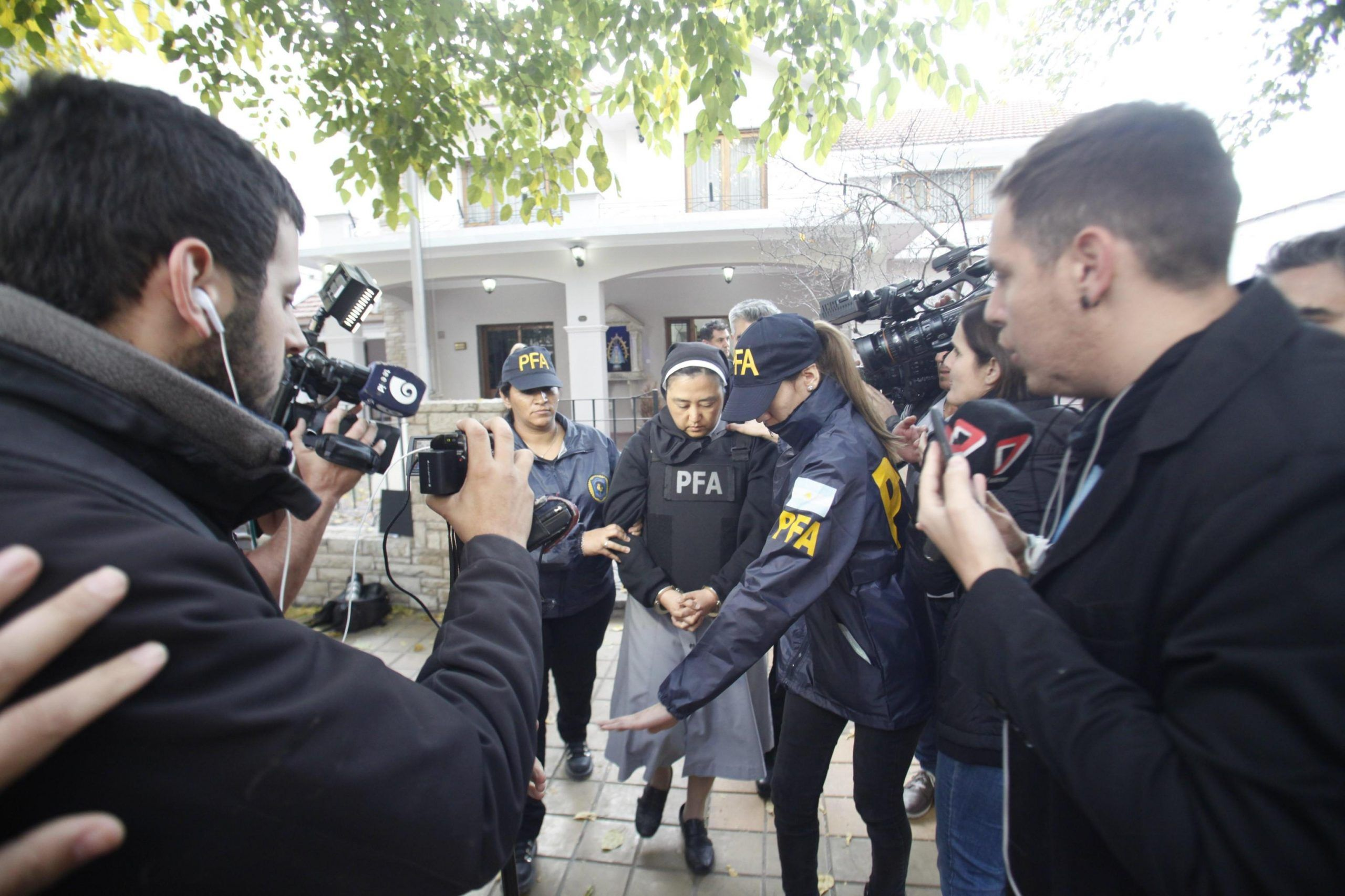 suora arrestata per scandalo pedofilia in Argentina