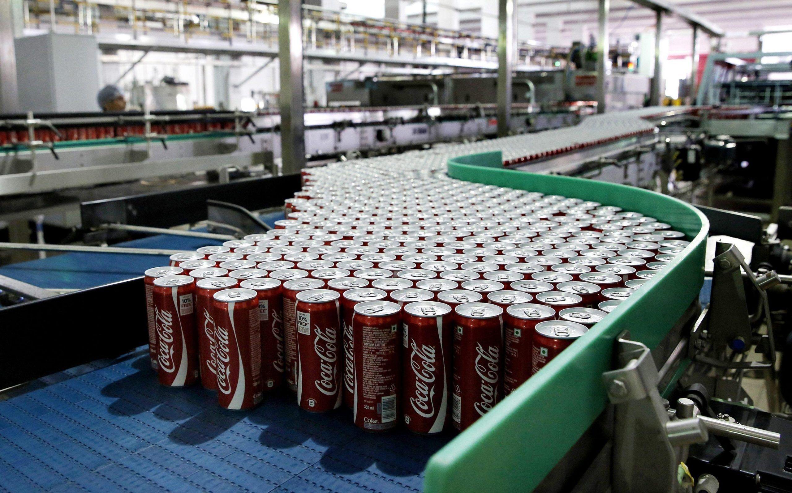 Lattine di Coca Cola