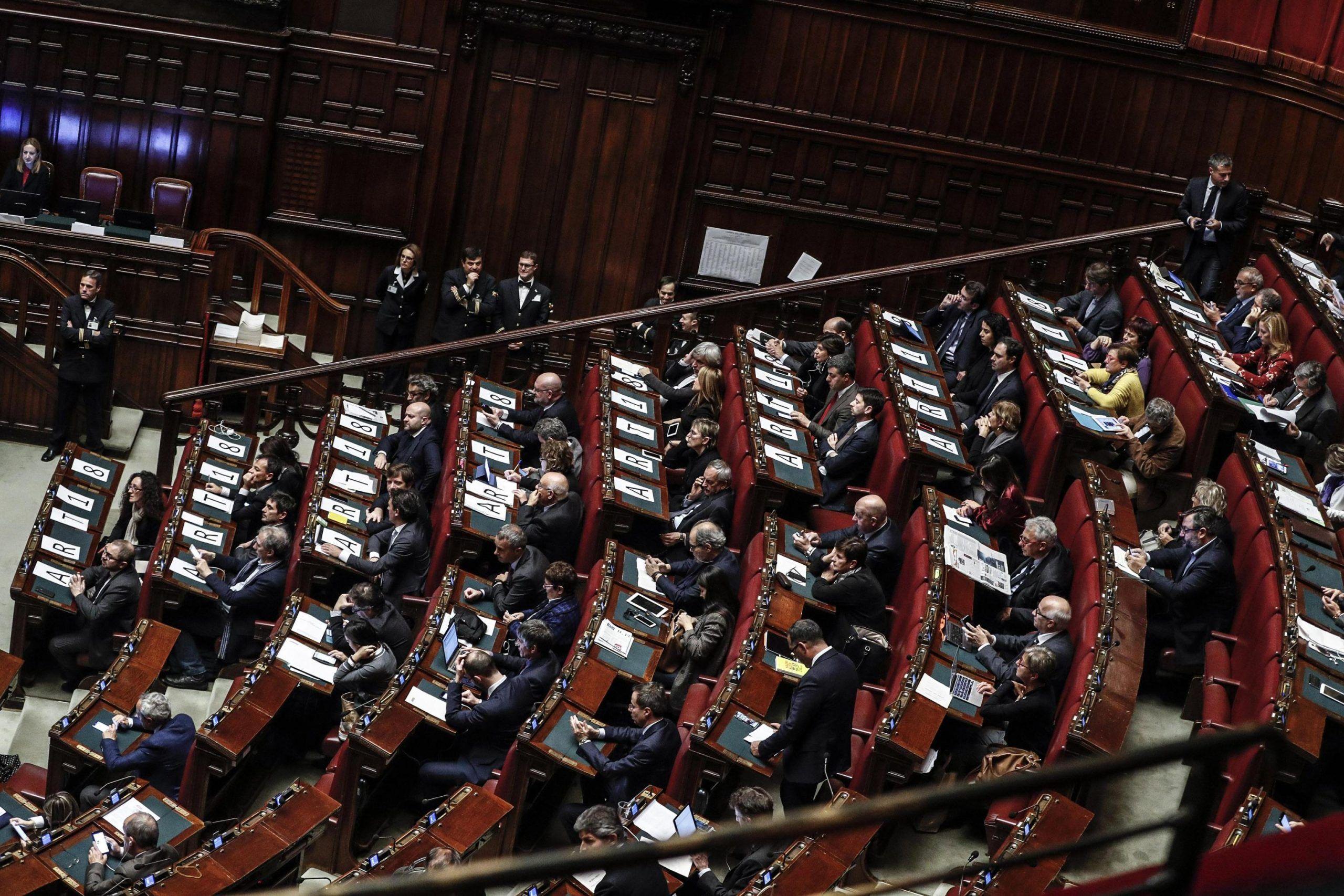 Stipendi d'oro: i dipendenti di Camera e Senato torneranno a guadagnare più del presidente della Repubblica