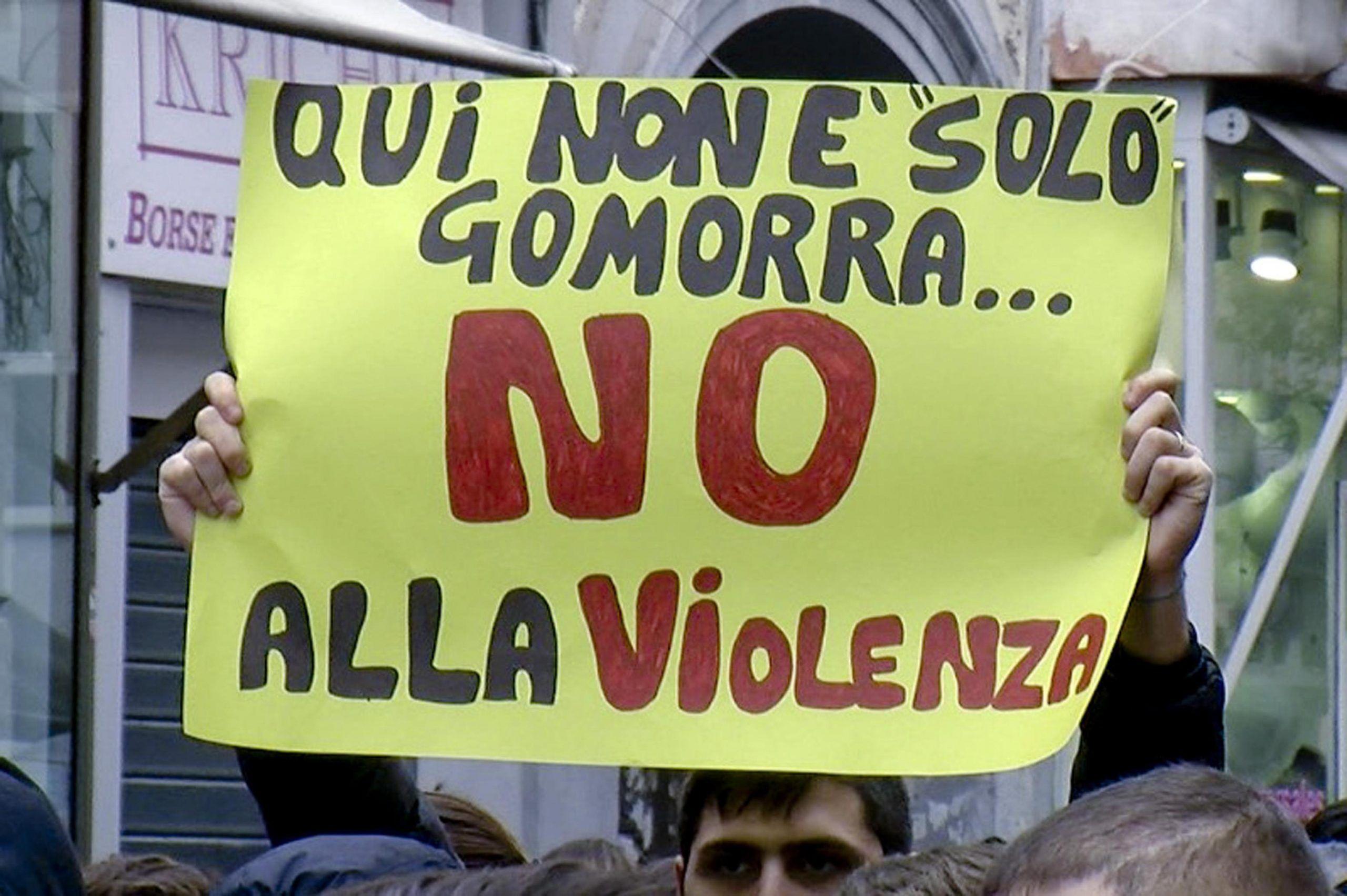Baby gang a Napoli: perché la camorra non c'entra (quasi) nulla