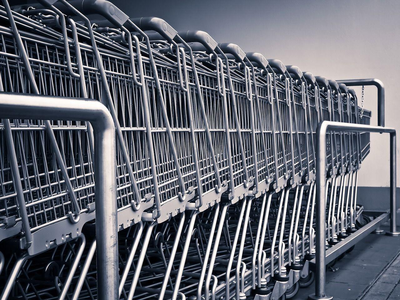 Supermercato nel frusinate chiuso per carenze igieniche: sequestrati 160 chili di alimenti