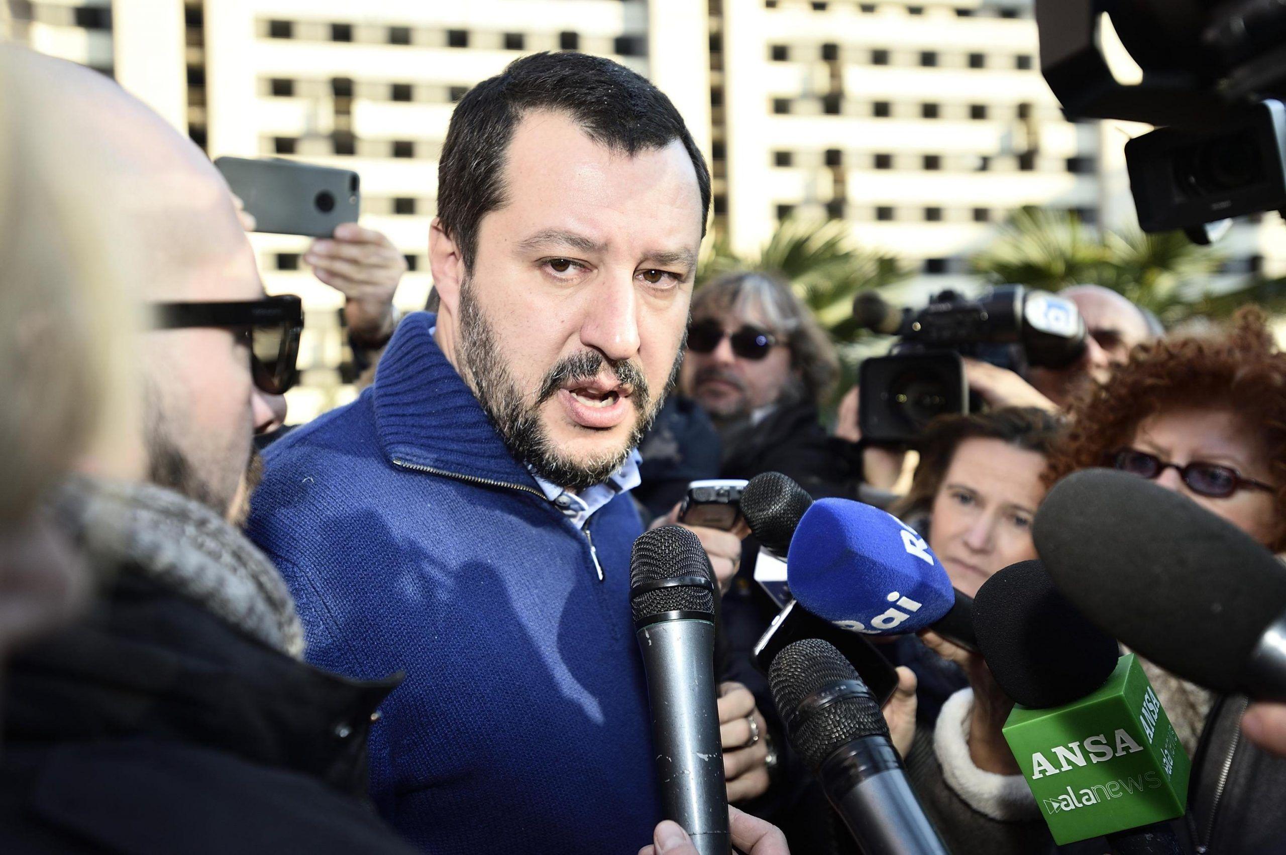 Matteo Salvini: 'Riapriremo le case chiuse'
