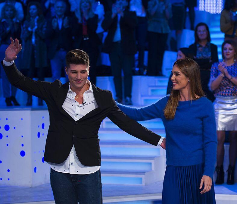 Niccolò Bettarini a Verissimo: 'Io e i miei fratelli molto felici perché i nostri genitori si sono riuniti'