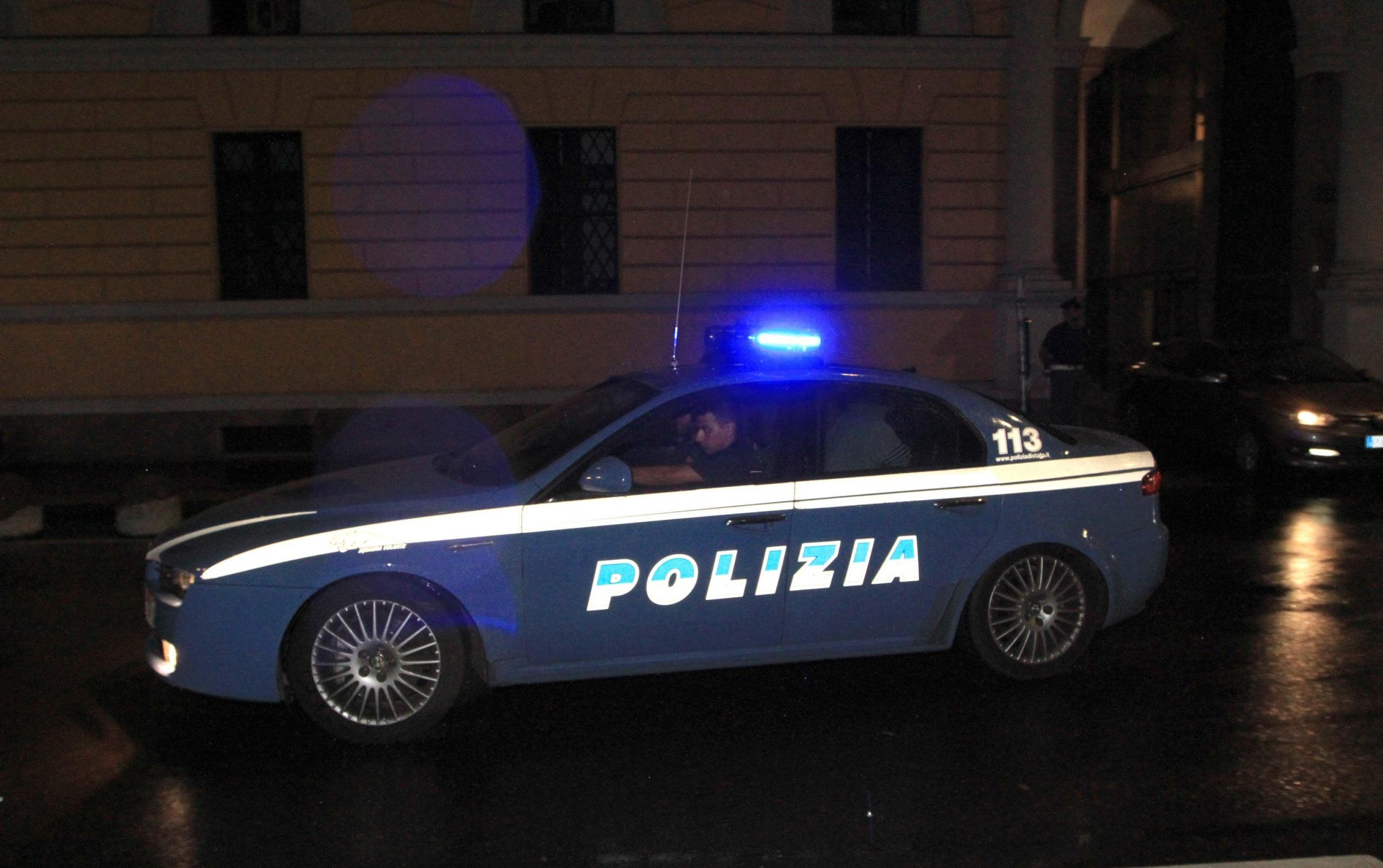 Polizia in auto
