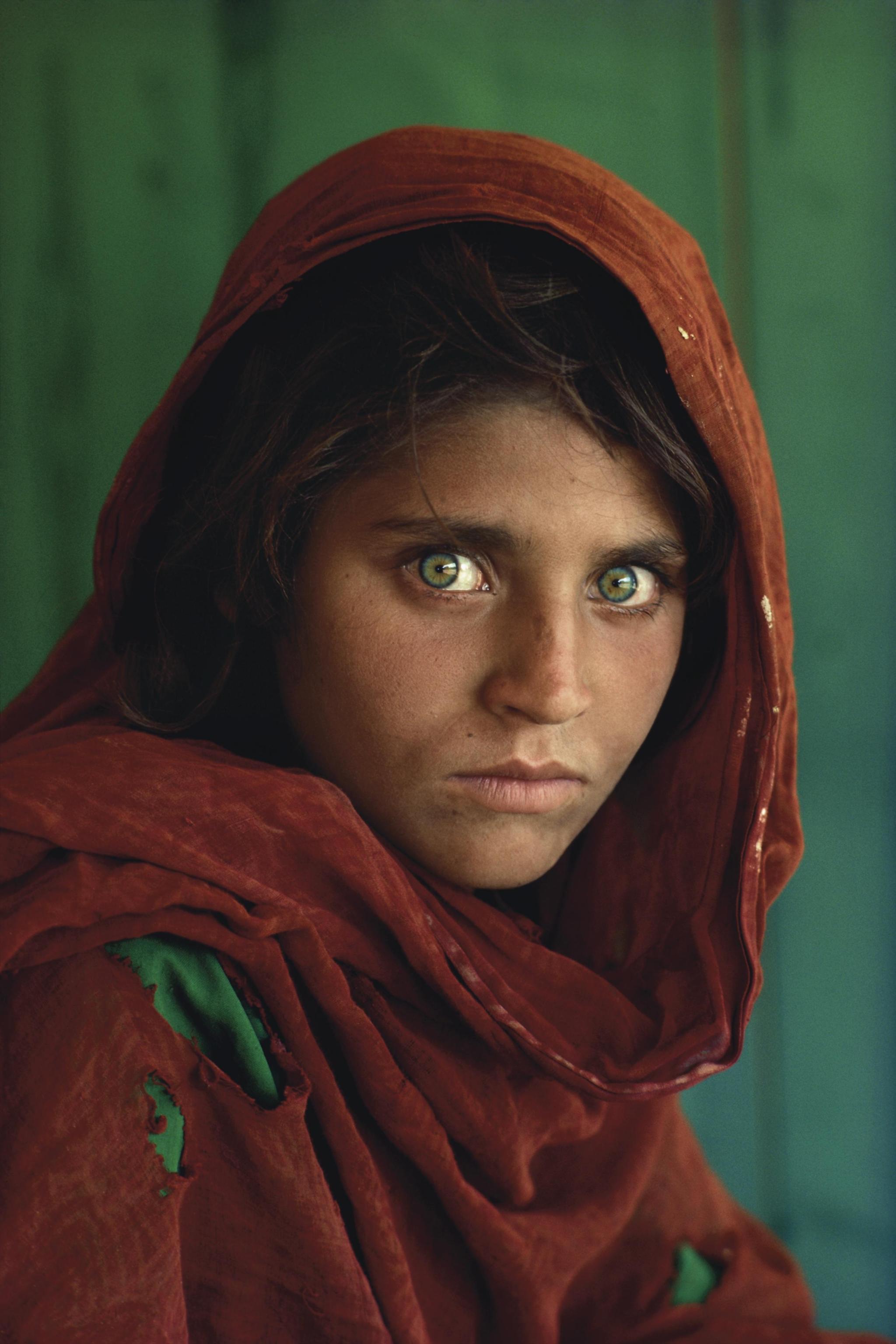 Ragazza Afghana foto di Steve McCurry