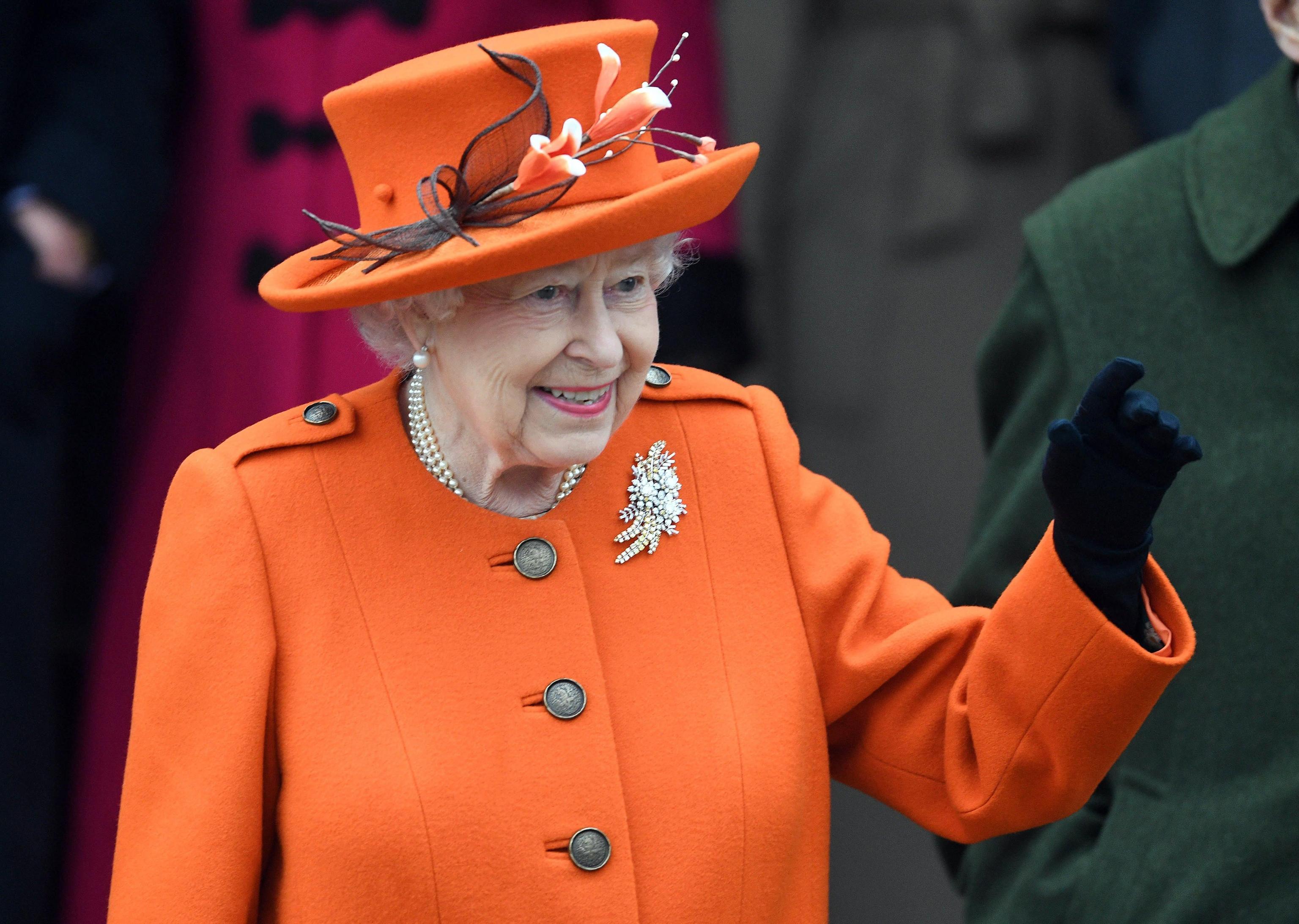 La Regina Elisabetta cerca un nuovo chef: l'annuncio sul sito ufficiale