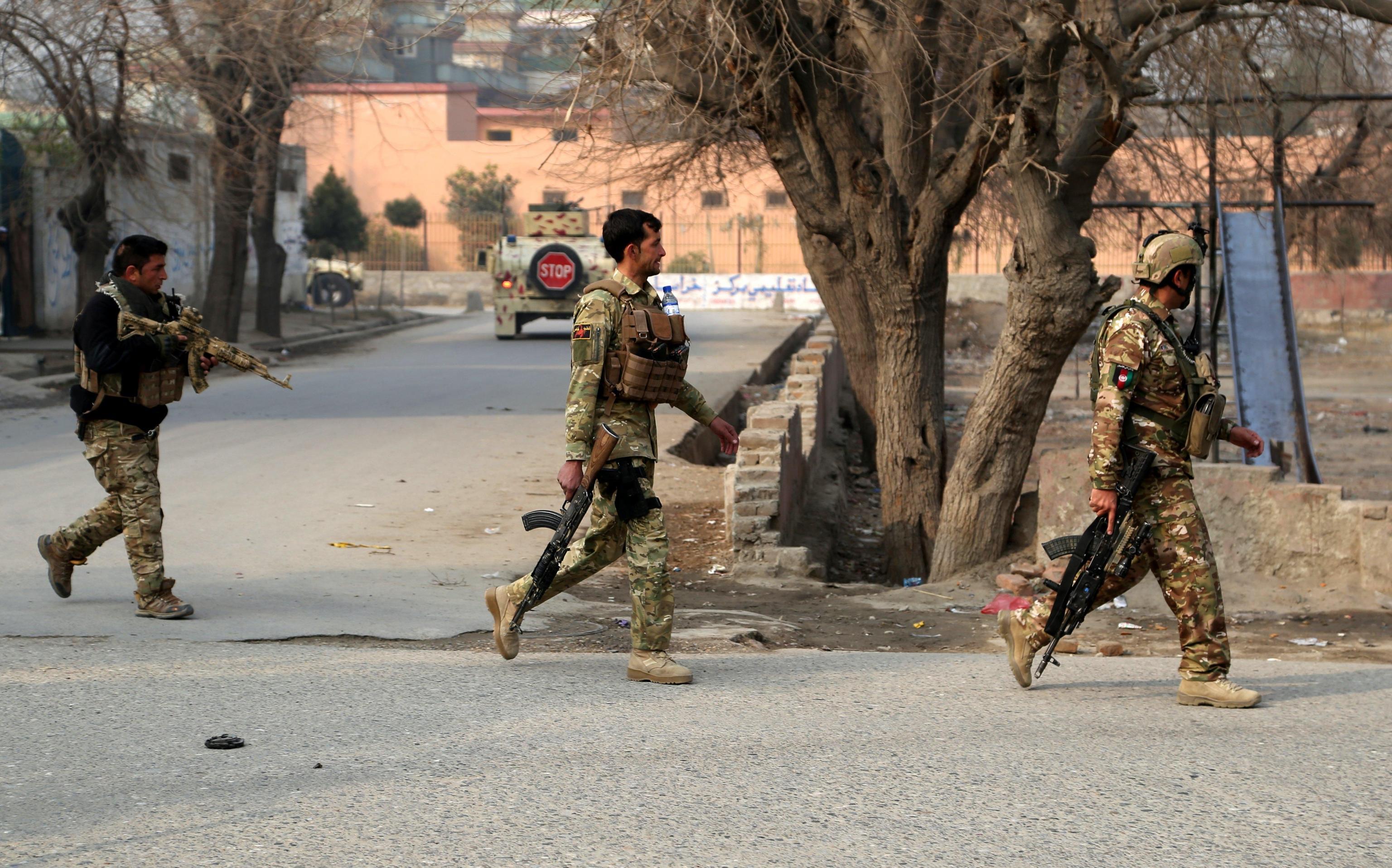 Save the Children, attacco suicida contro la sede dell'Ong in Afghanistan: l'Isis rivendica